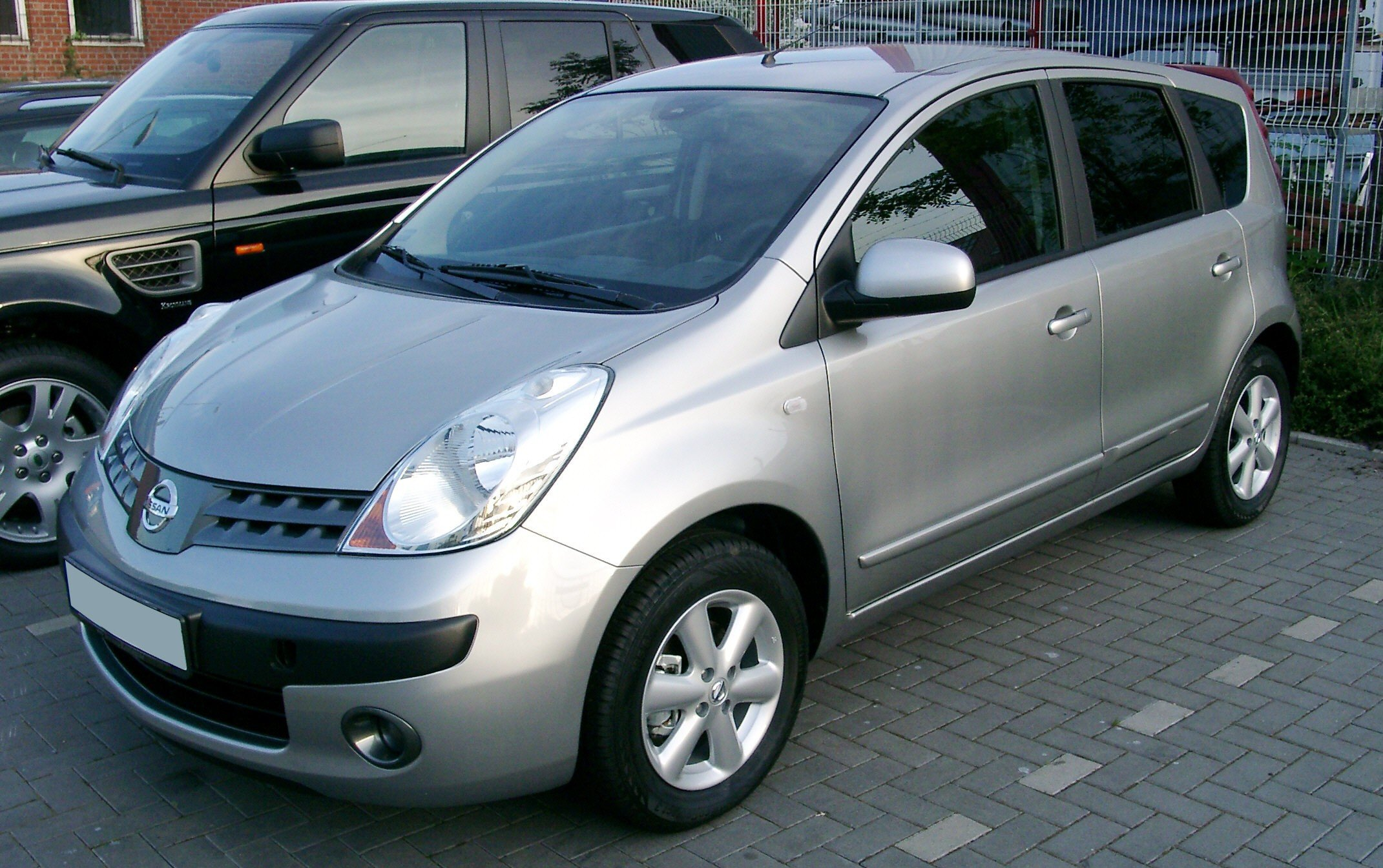 2005 nissan note pictures information and specs auto. Black Bedroom Furniture Sets. Home Design Ideas