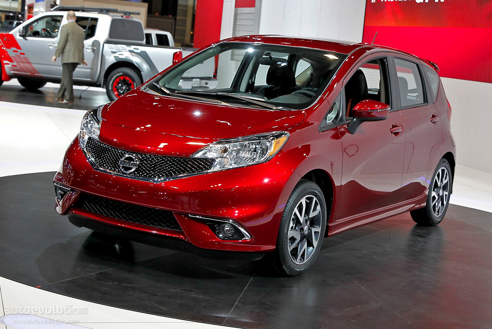 2015 nissan note pictures information and specs auto. Black Bedroom Furniture Sets. Home Design Ideas