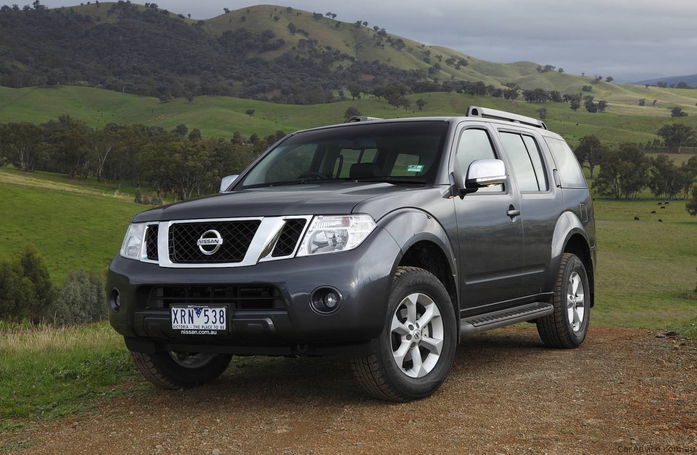 2010 nissan pathfinder iii pictures information and specs auto. Black Bedroom Furniture Sets. Home Design Ideas