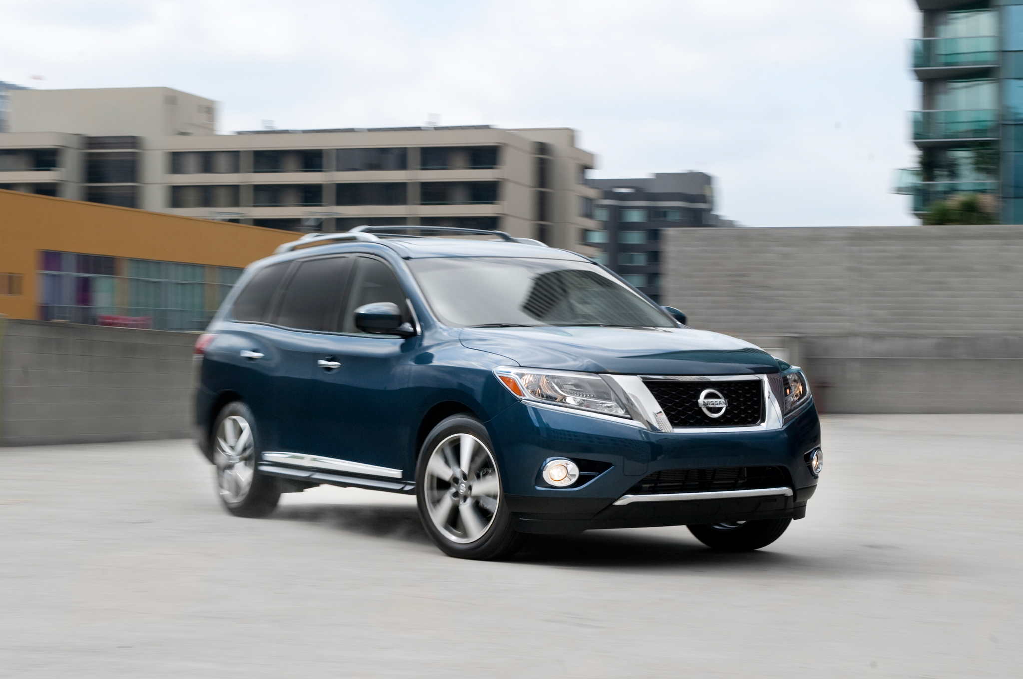 2016 nissan pathfinder iv pictures information and specs auto. Black Bedroom Furniture Sets. Home Design Ideas