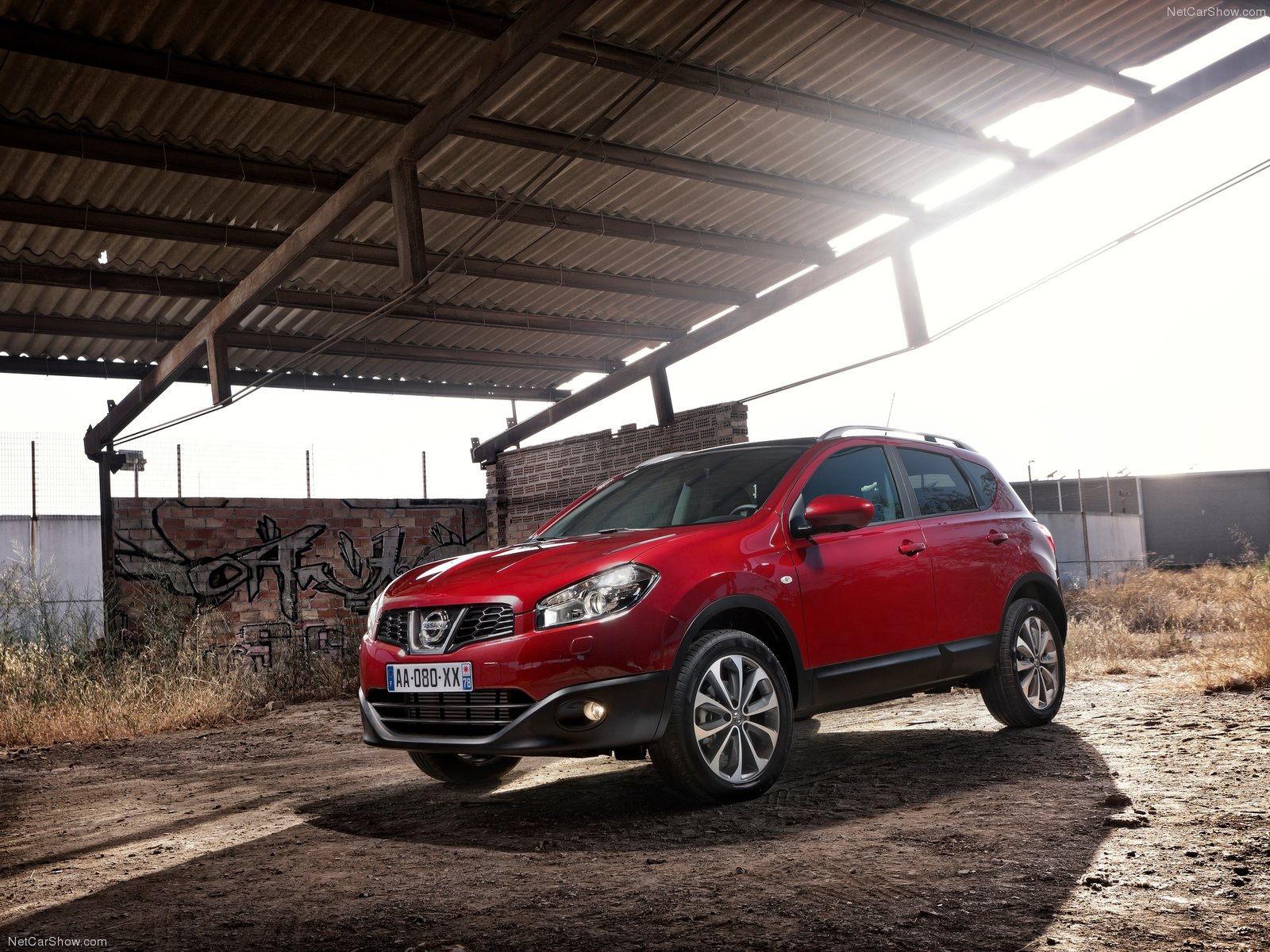 2012 nissan qashqai pictures information and specs. Black Bedroom Furniture Sets. Home Design Ideas