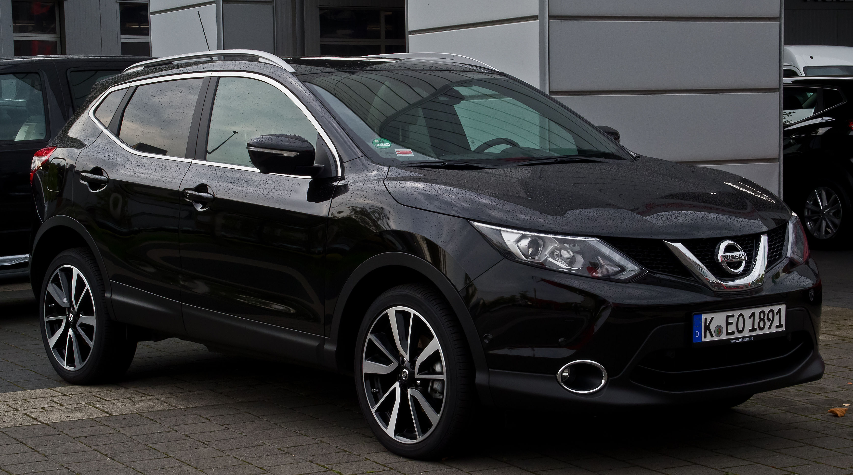 2016 nissan qashqai ii pictures information and specs. Black Bedroom Furniture Sets. Home Design Ideas