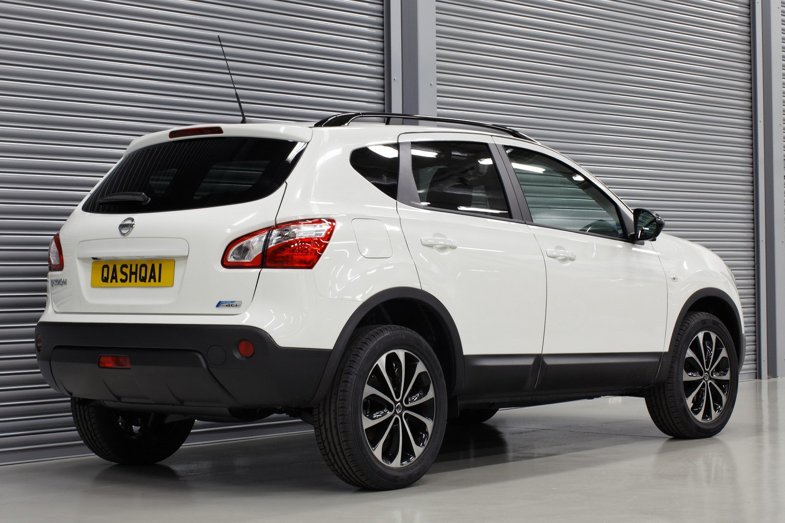 2013 Nissan Qashqai+2 – pictures, information and specs ...