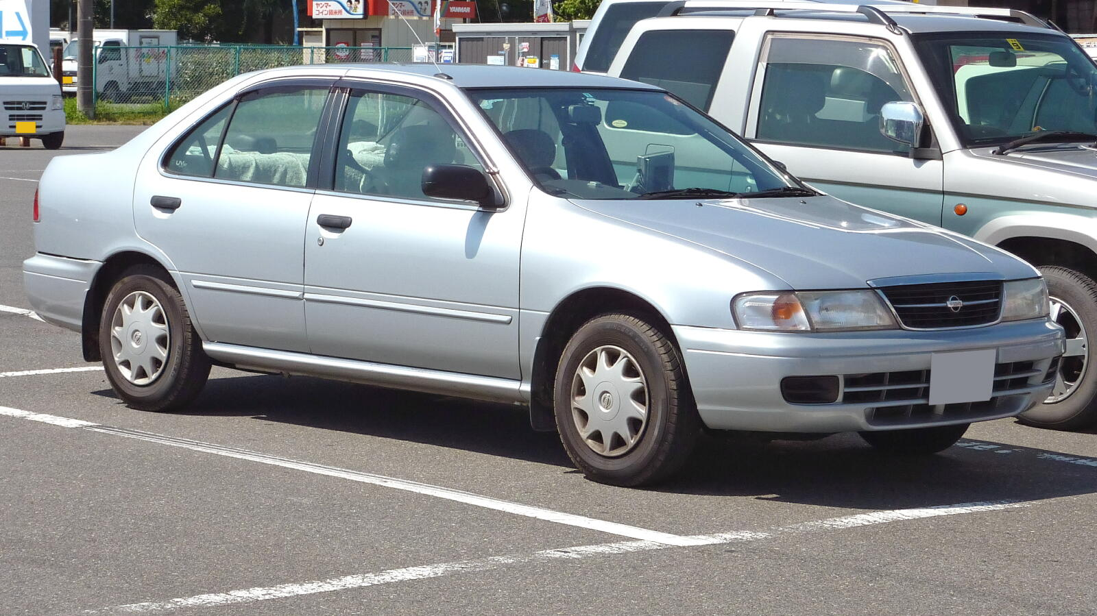 Image Gallery Nissan Sunny 1999