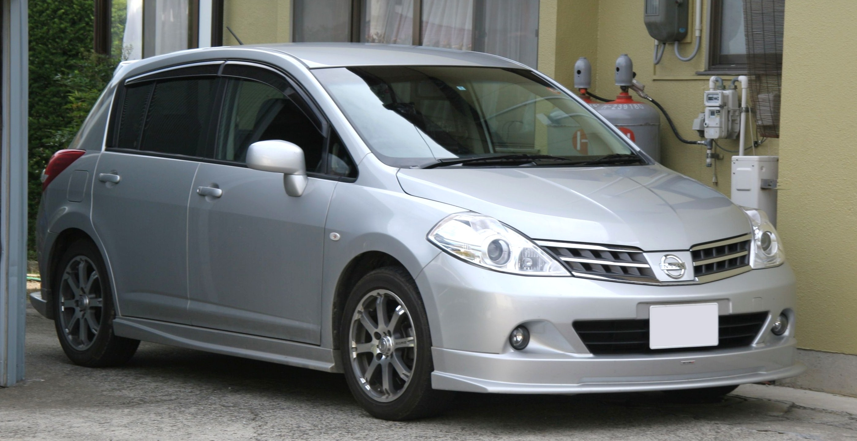 Related Keywords Amp Suggestions For Nissan Tiida 2009