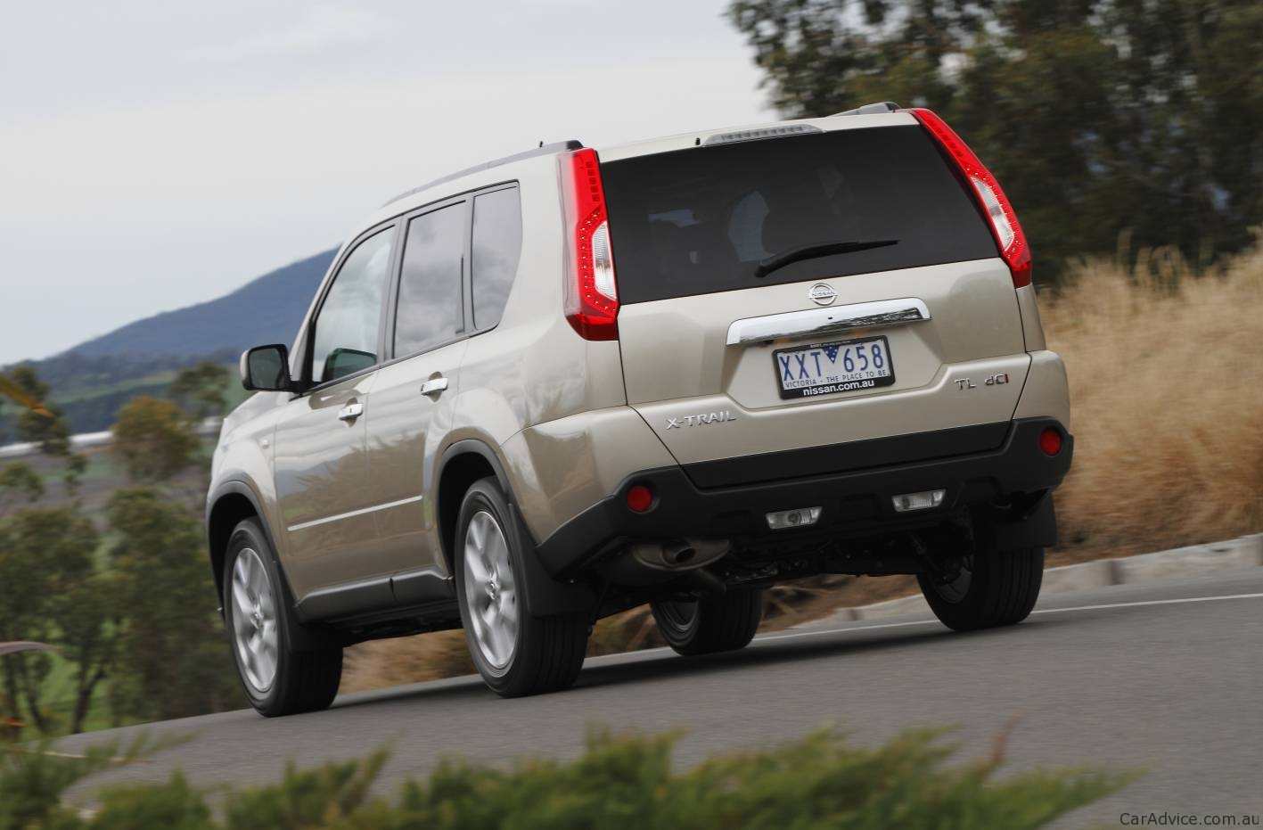 nissan x-trail 2 2010 pictures #12