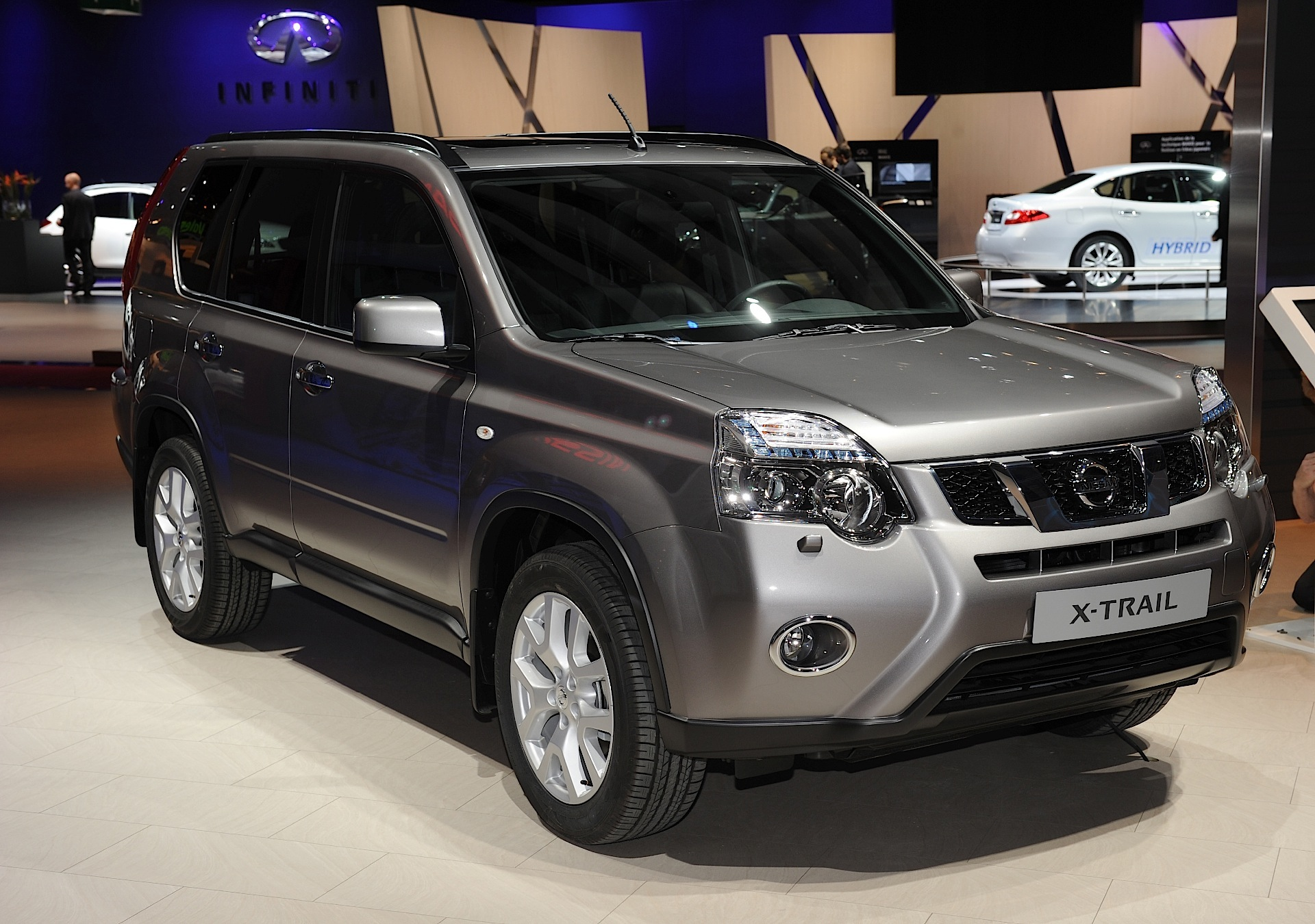 2013 nissan x trail 2 pictures information and specs auto. Black Bedroom Furniture Sets. Home Design Ideas