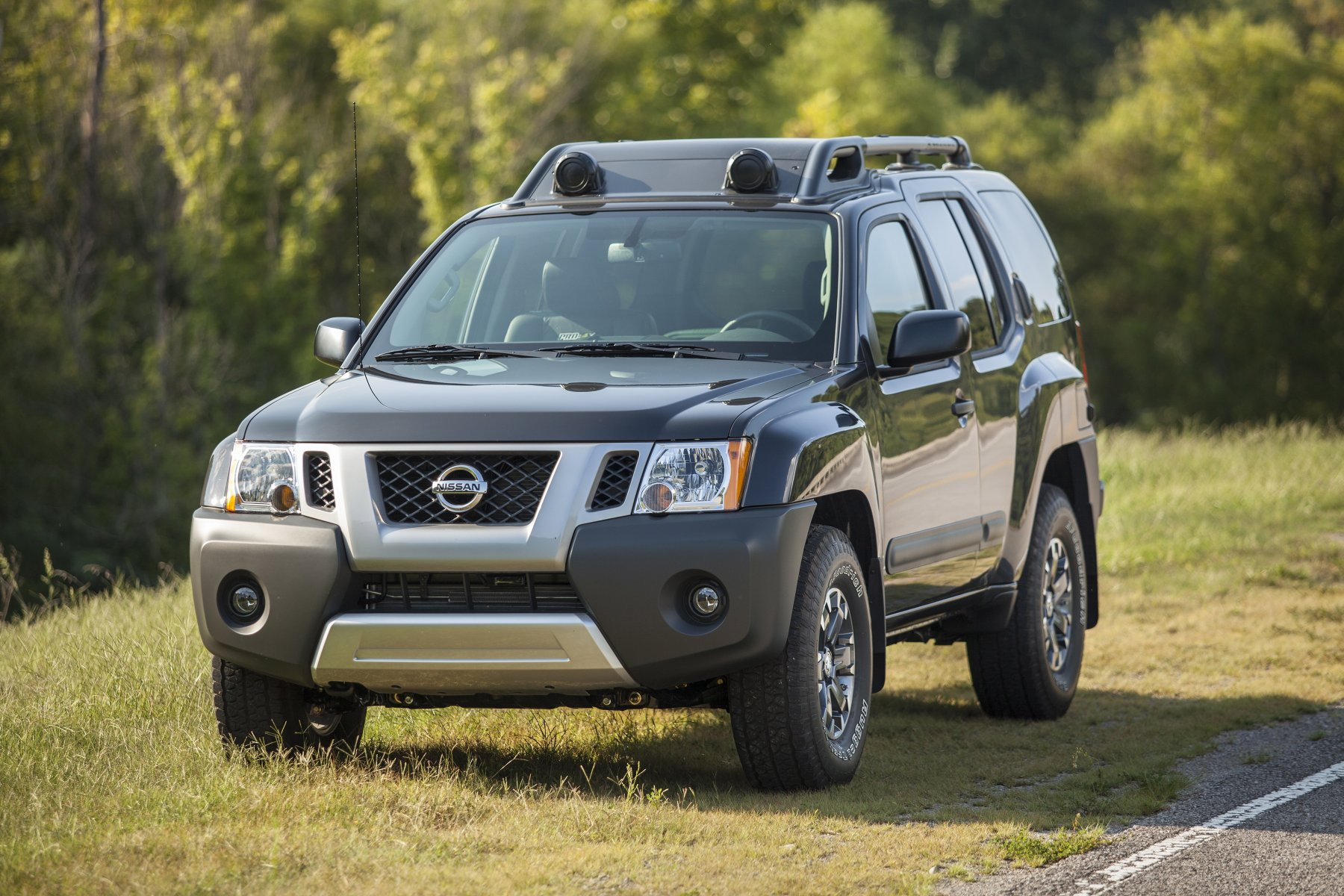 2015 nissan xterra ii n50 pictures information and specs auto. Black Bedroom Furniture Sets. Home Design Ideas