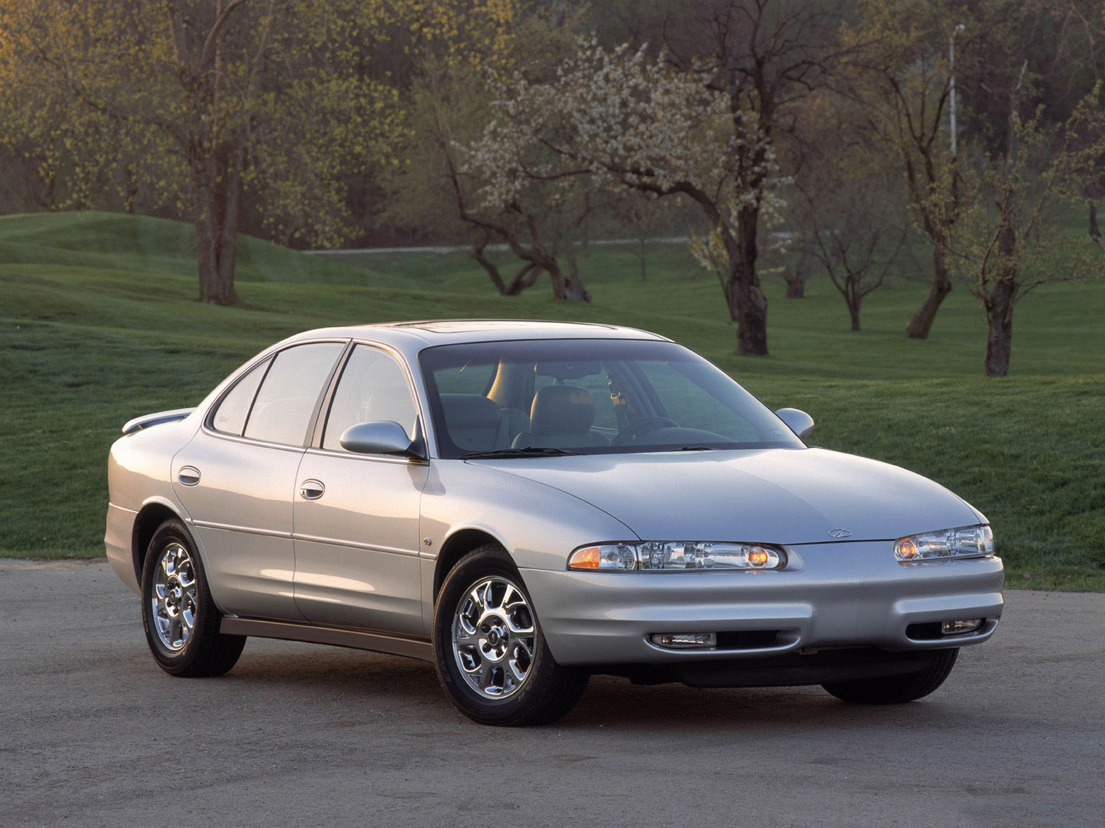 oldsmobile intrigue pics #5