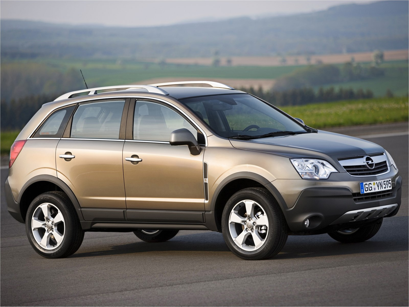 2014 opel antara pictures information and specs auto. Black Bedroom Furniture Sets. Home Design Ideas