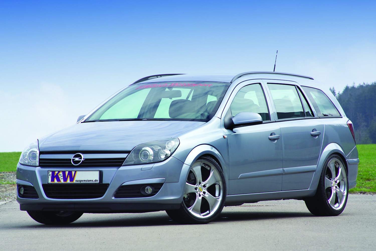 2011 opel astra h caravan pictures information and specs auto. Black Bedroom Furniture Sets. Home Design Ideas