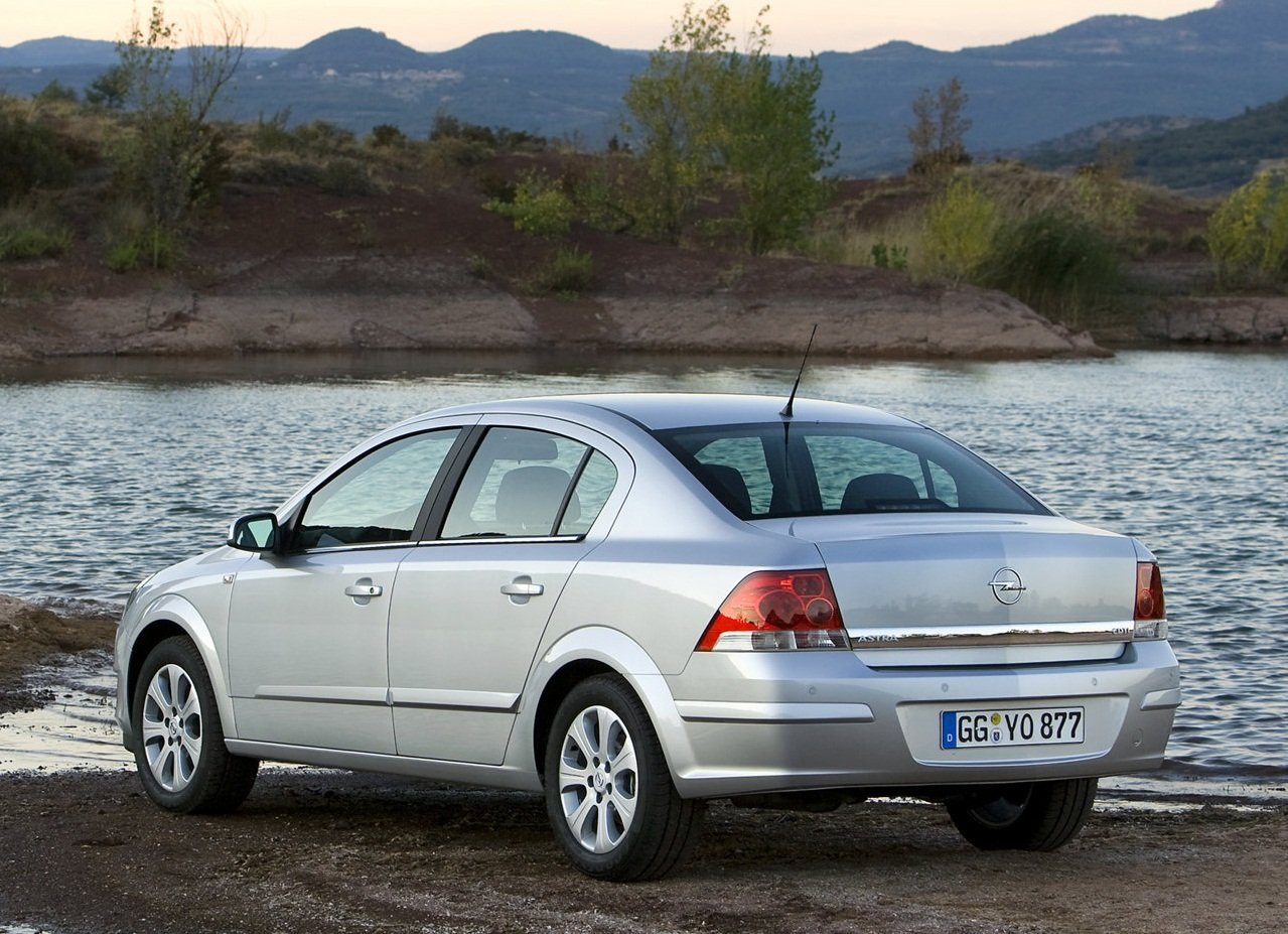opel astra h sedan 2005 pictures #11