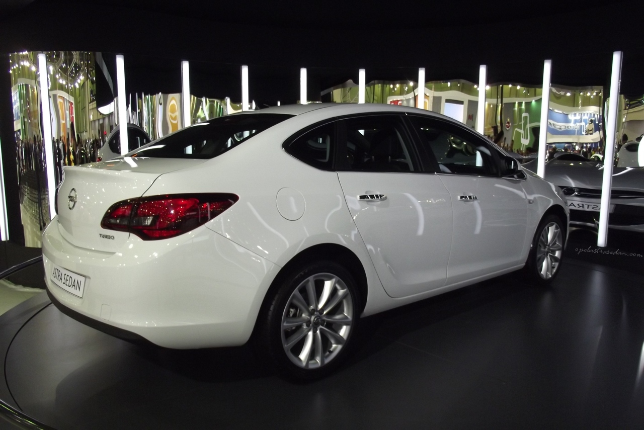 2015 Opel Astra J Sedan Pictures Information And Specs
