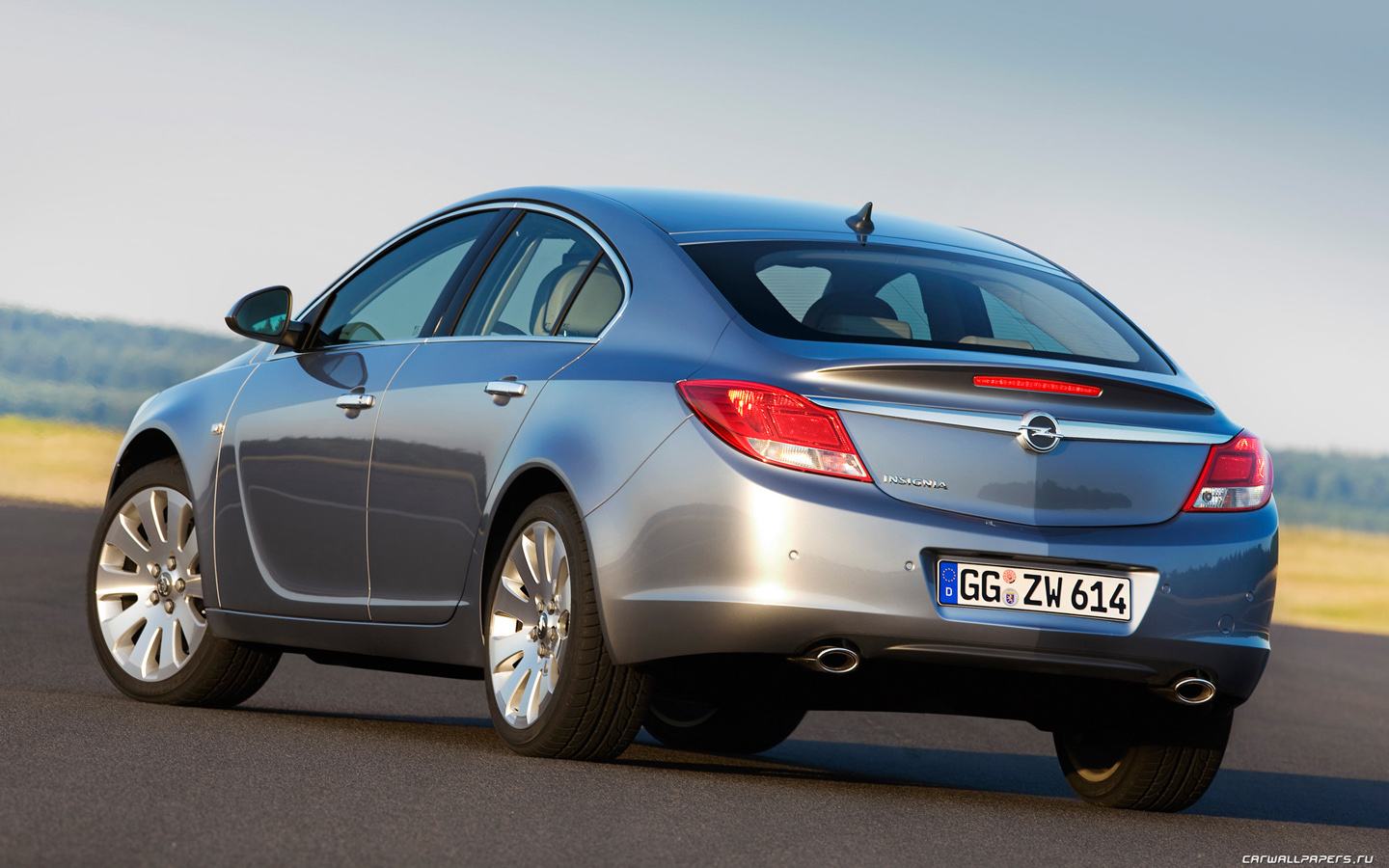 2014 opel insignia hatch pictures information and specs. Black Bedroom Furniture Sets. Home Design Ideas