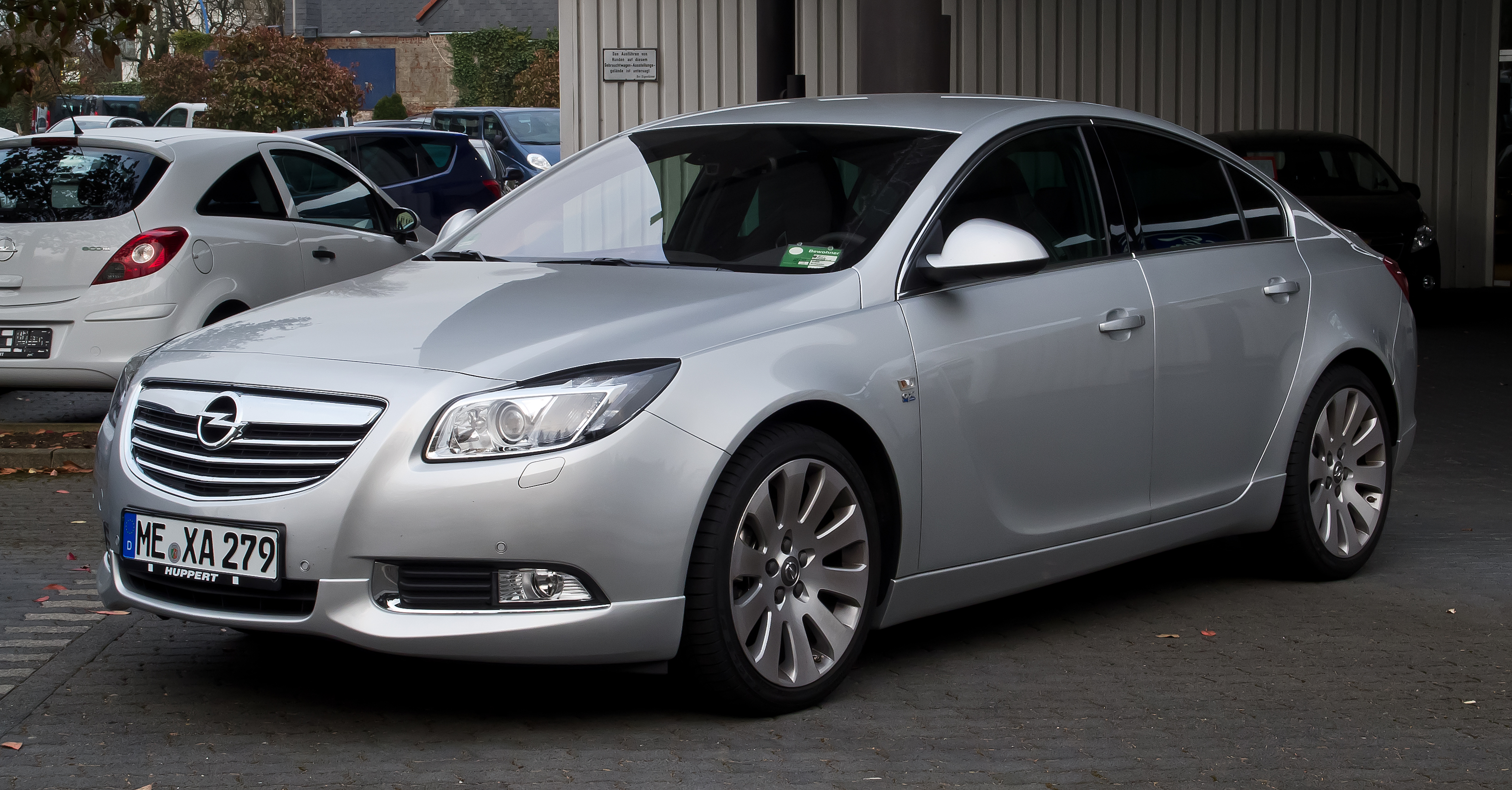 2011 opel insignia sedan pictures information and specs auto. Black Bedroom Furniture Sets. Home Design Ideas