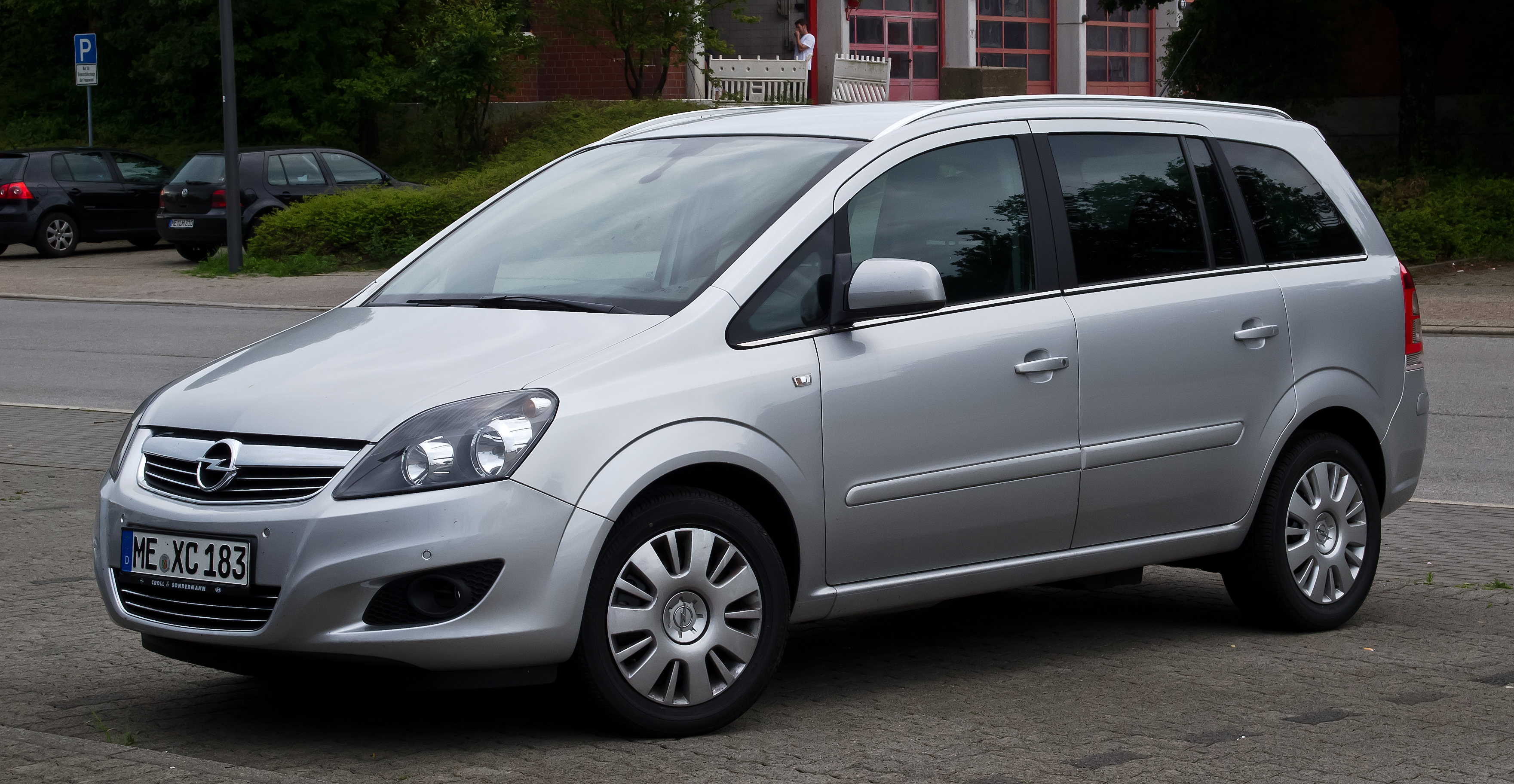 2012 opel zafira b pictures information and specs. Black Bedroom Furniture Sets. Home Design Ideas