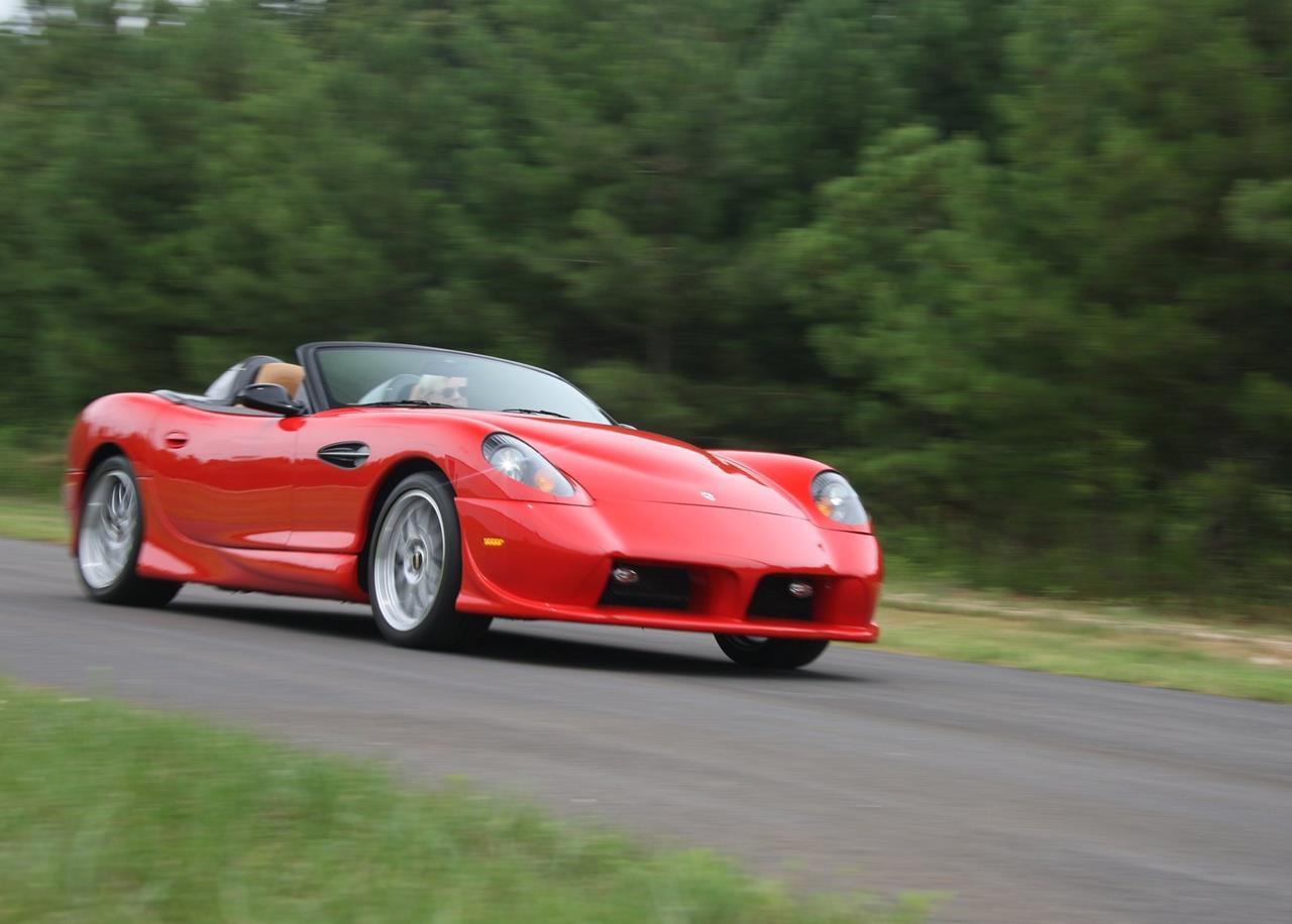 panoz aiv roadster 2004