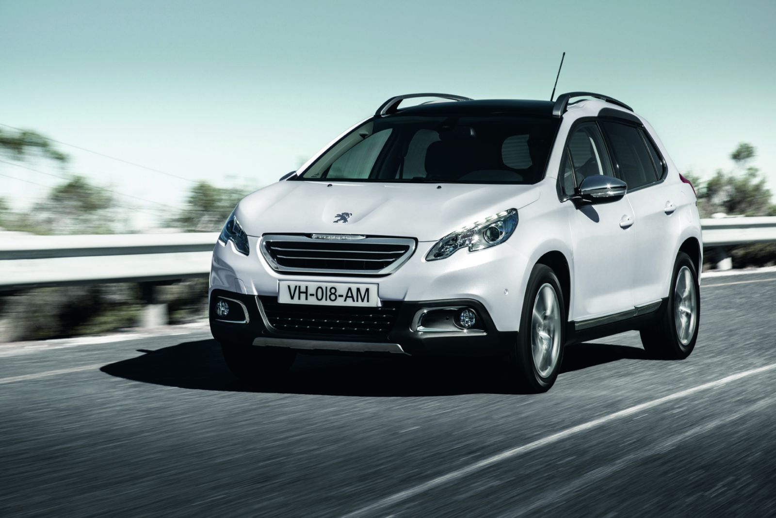 peugeot 2008 2015 pictures