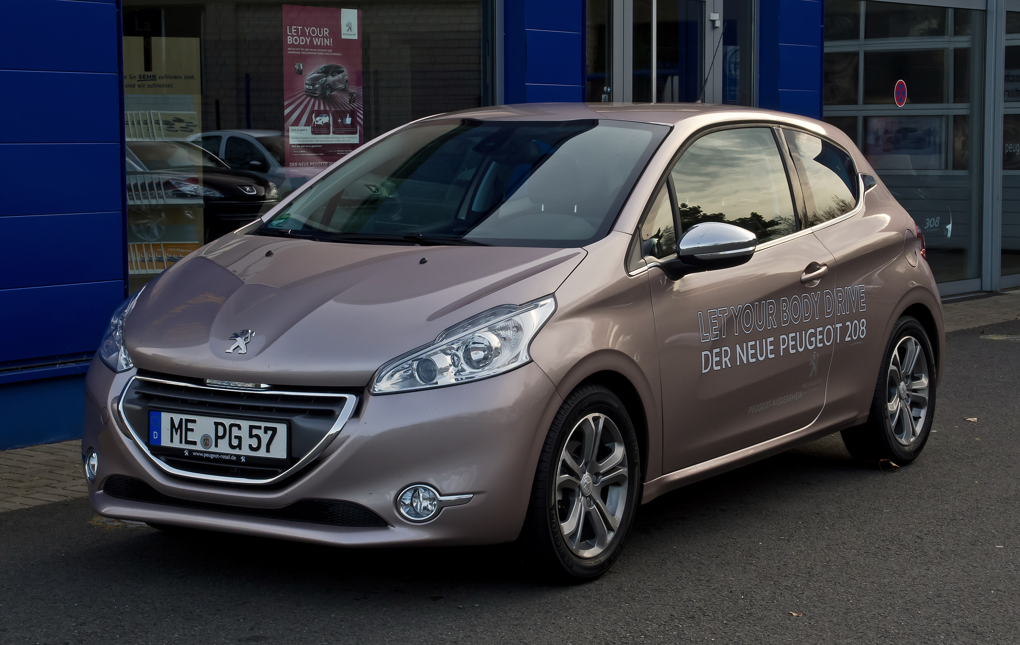 peugeot 208 pictures information and specs auto. Black Bedroom Furniture Sets. Home Design Ideas