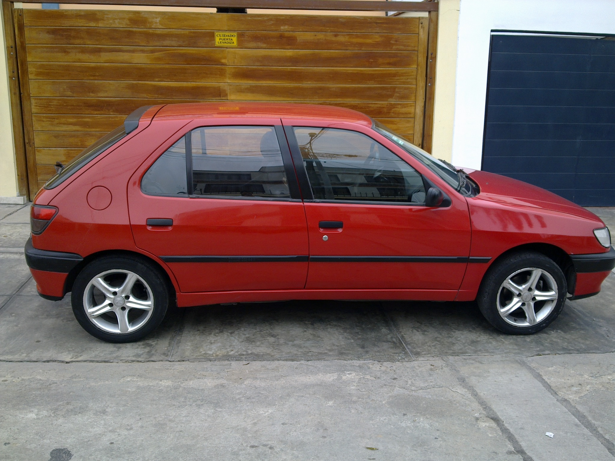 1995 peugeot 306 hatchback pictures information and for Interieur 306