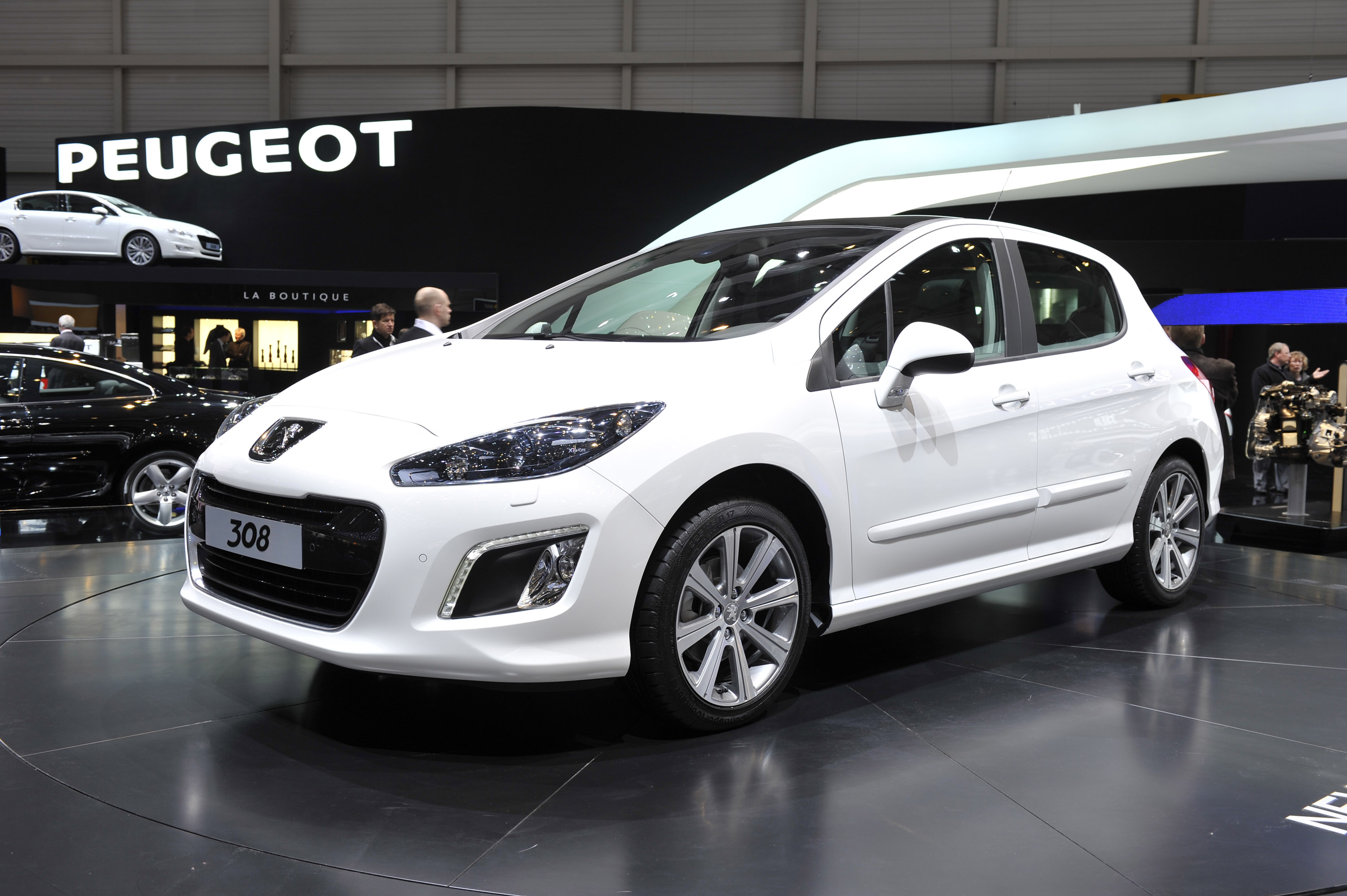 2011 Peugeot 308 - pictures, information and specs - Auto ...