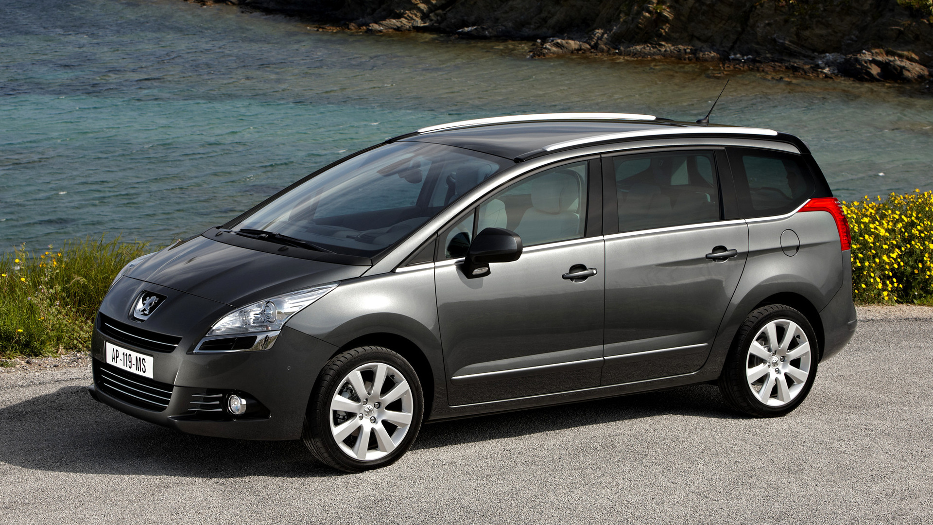 2009 peugeot 5008 pictures information and specs auto. Black Bedroom Furniture Sets. Home Design Ideas