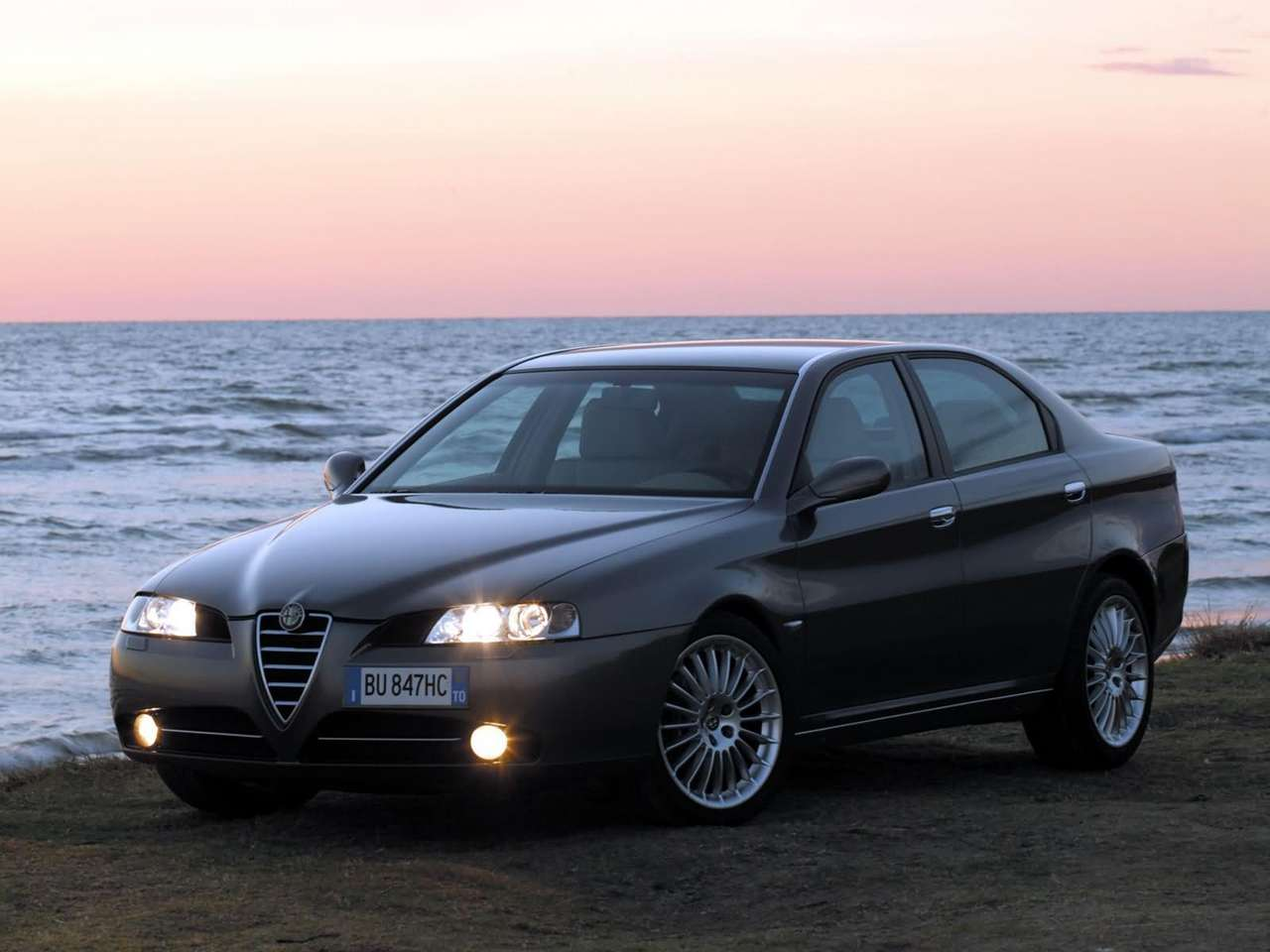 Pictures of alfa romeo 166