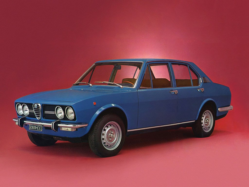 Pictures of alfa romeo alfetta #3