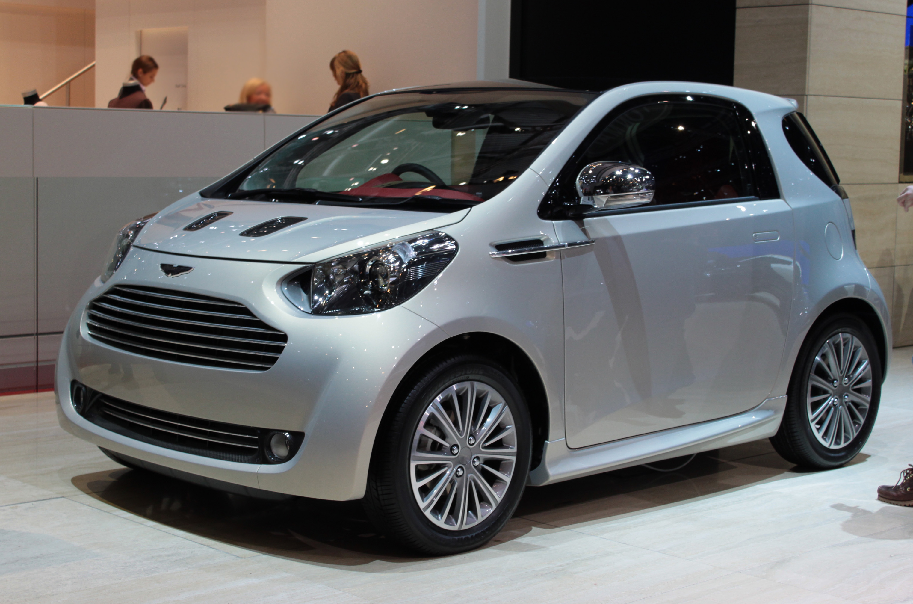 Pictures of aston martin cygnet #2