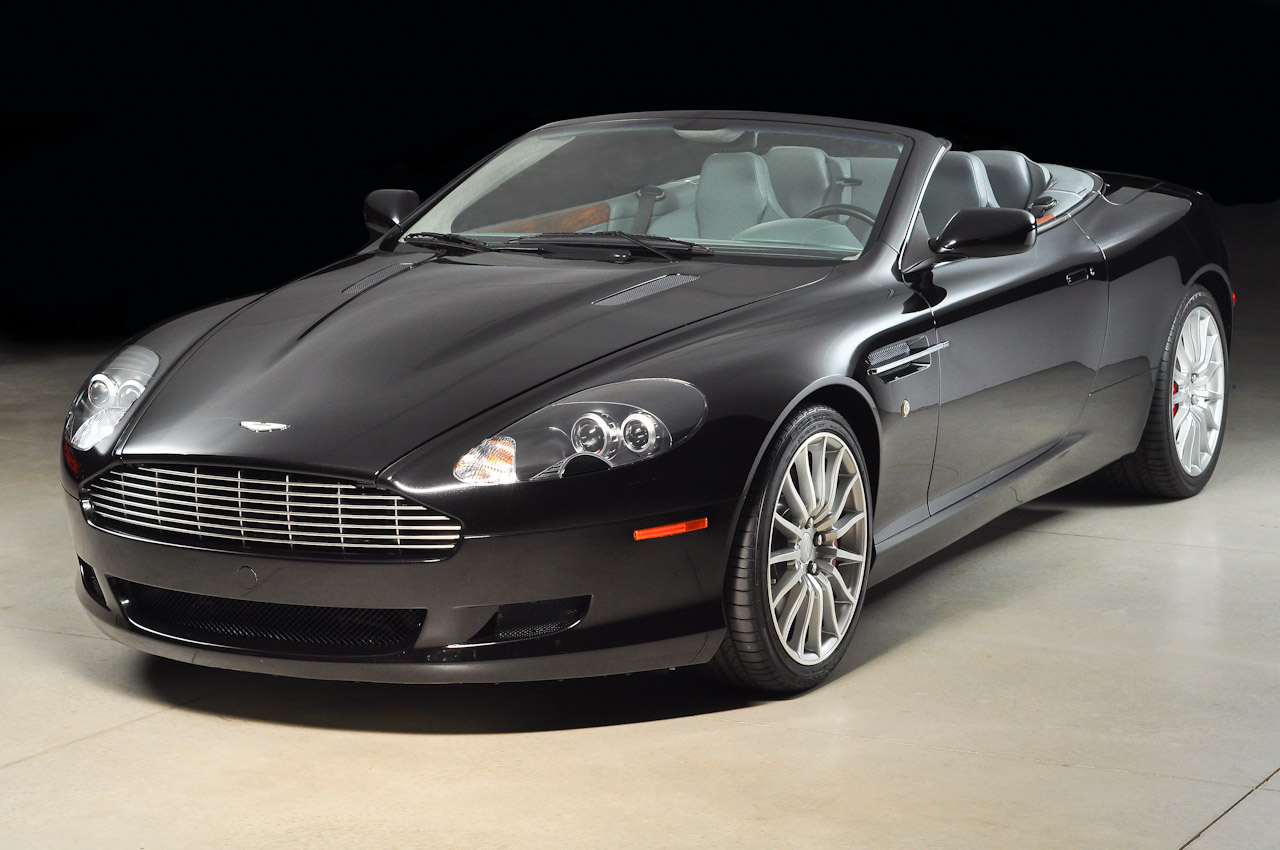 Pictures of aston martin db9 voltane 2005
