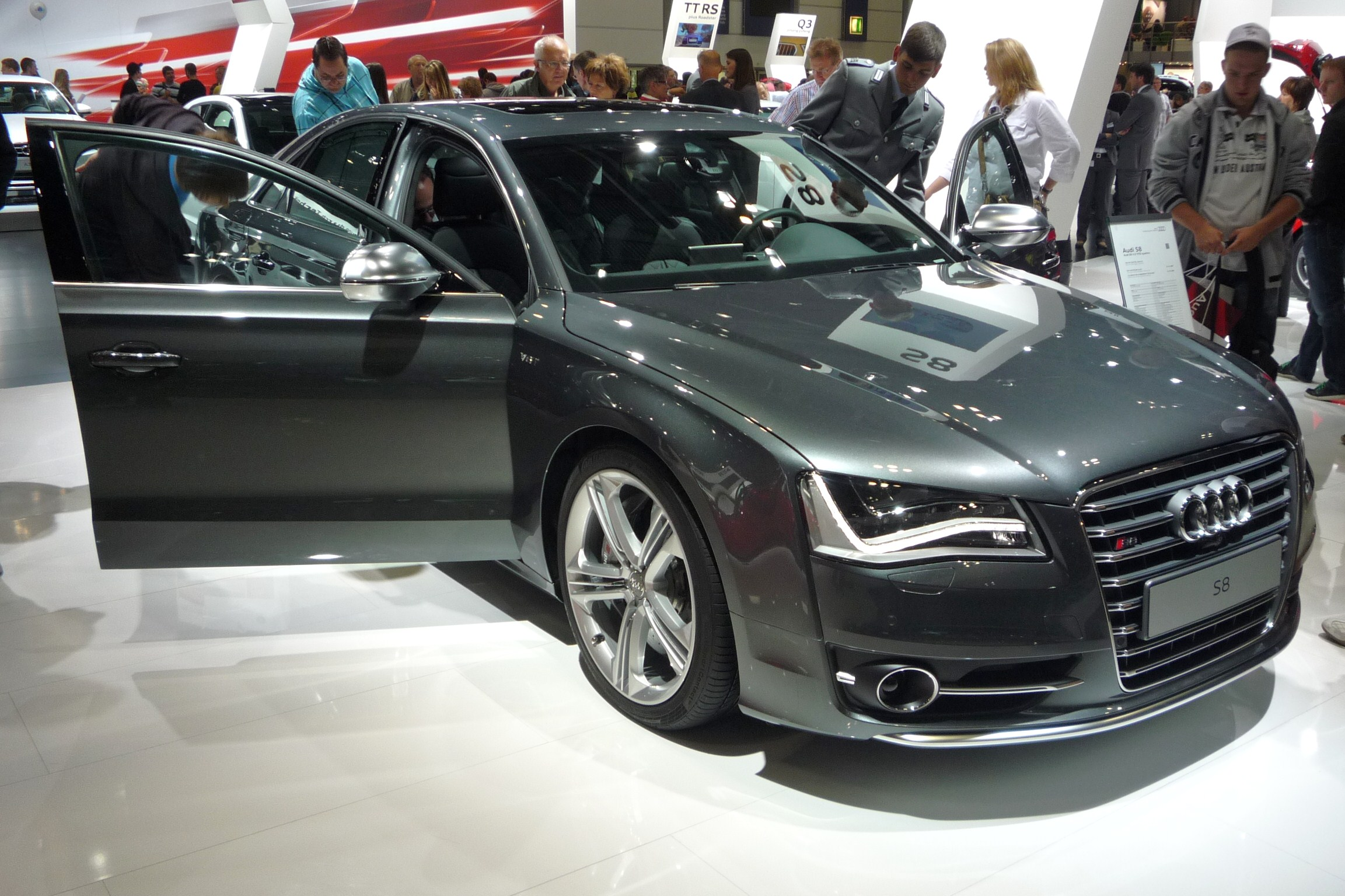Pictures of audi a8 iii (d4) 2009