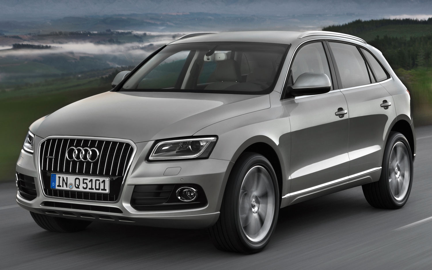 2013 audi q5 pictures information and specs auto. Black Bedroom Furniture Sets. Home Design Ideas