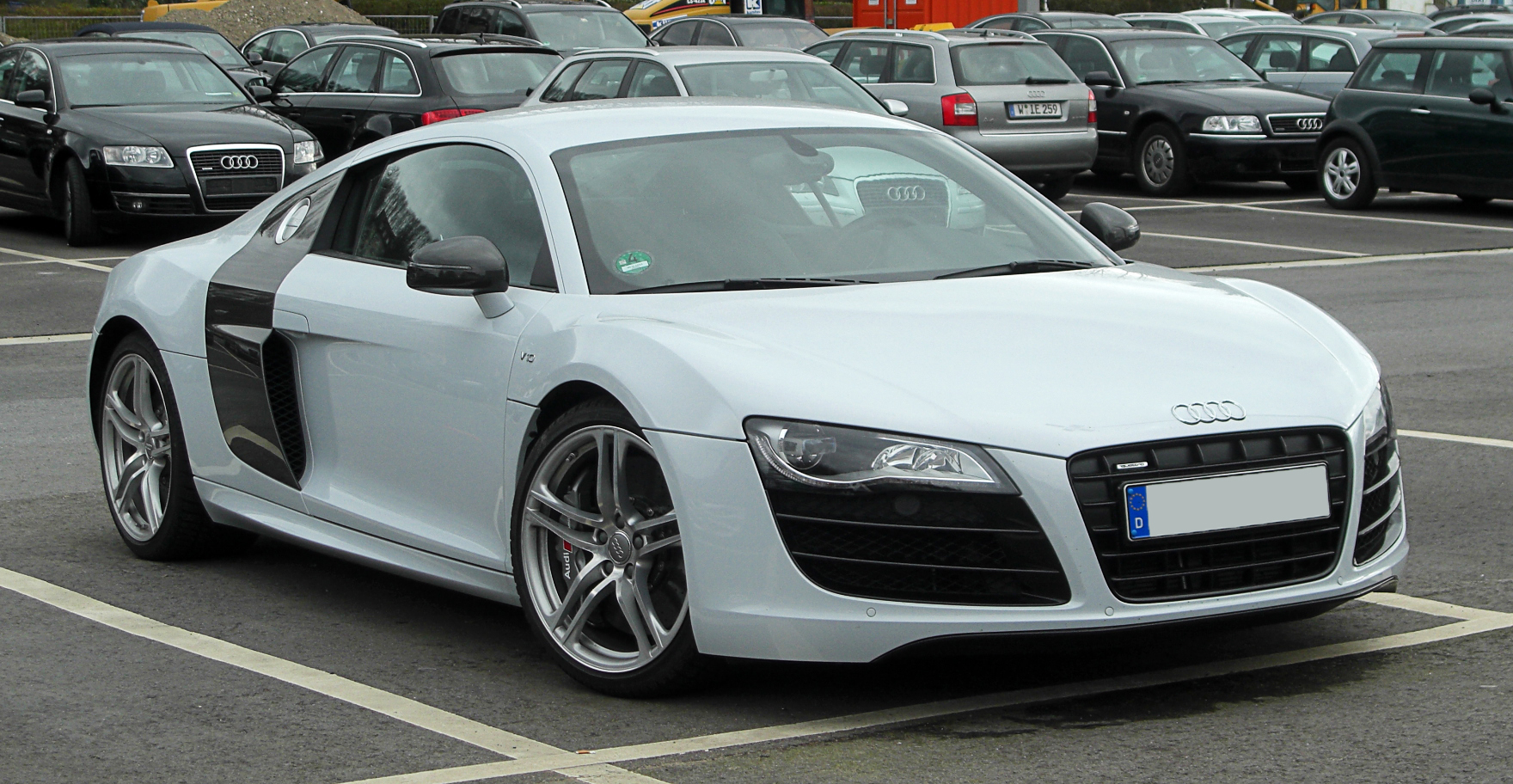 Pictures of audi r8 2011