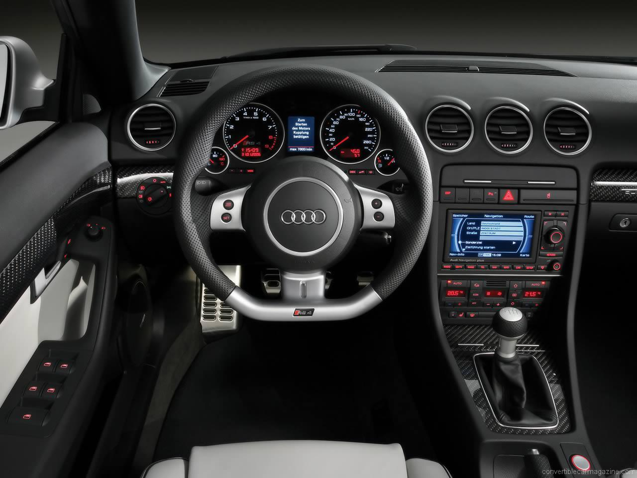 Pictures of audi rs4
