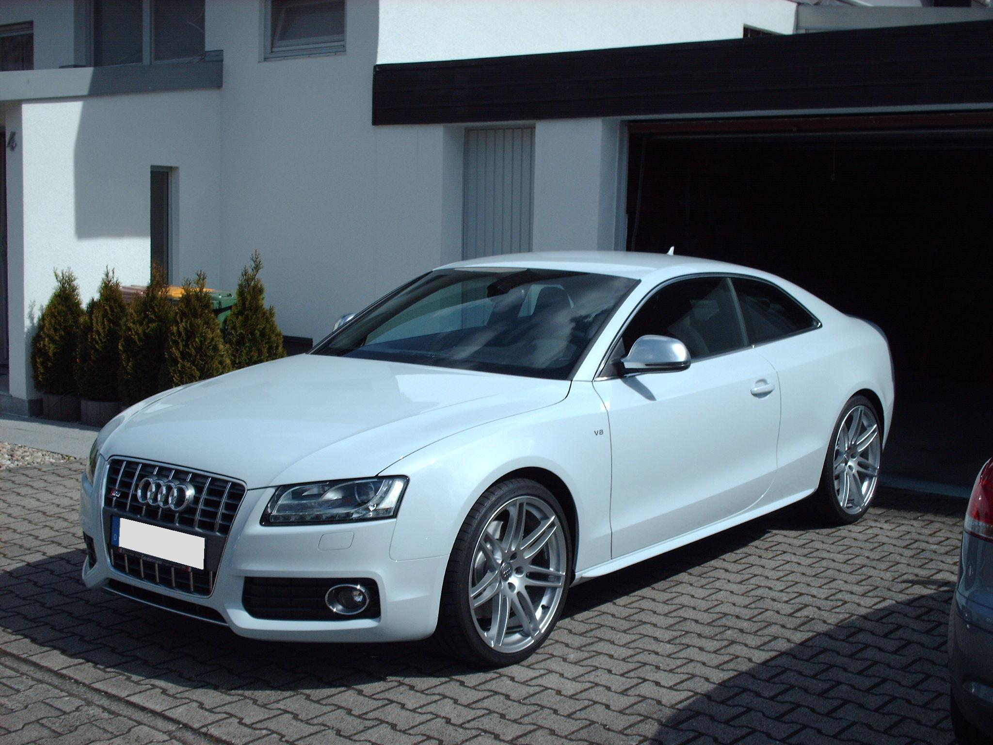 Pictures of audi s5