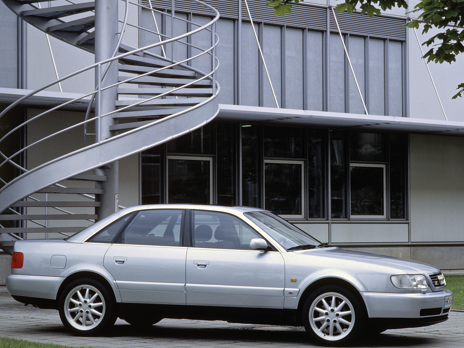 Pictures of audi s6 (4a,c4) 1994