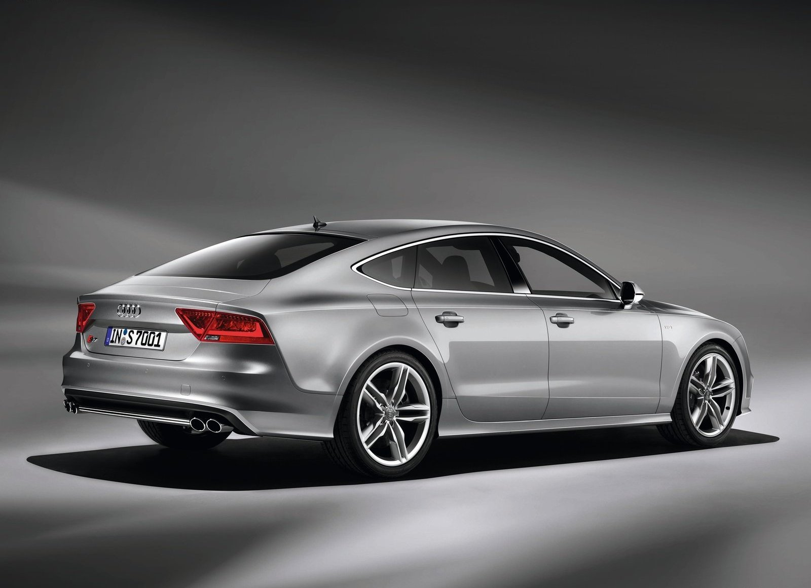 Pictures of audi s7
