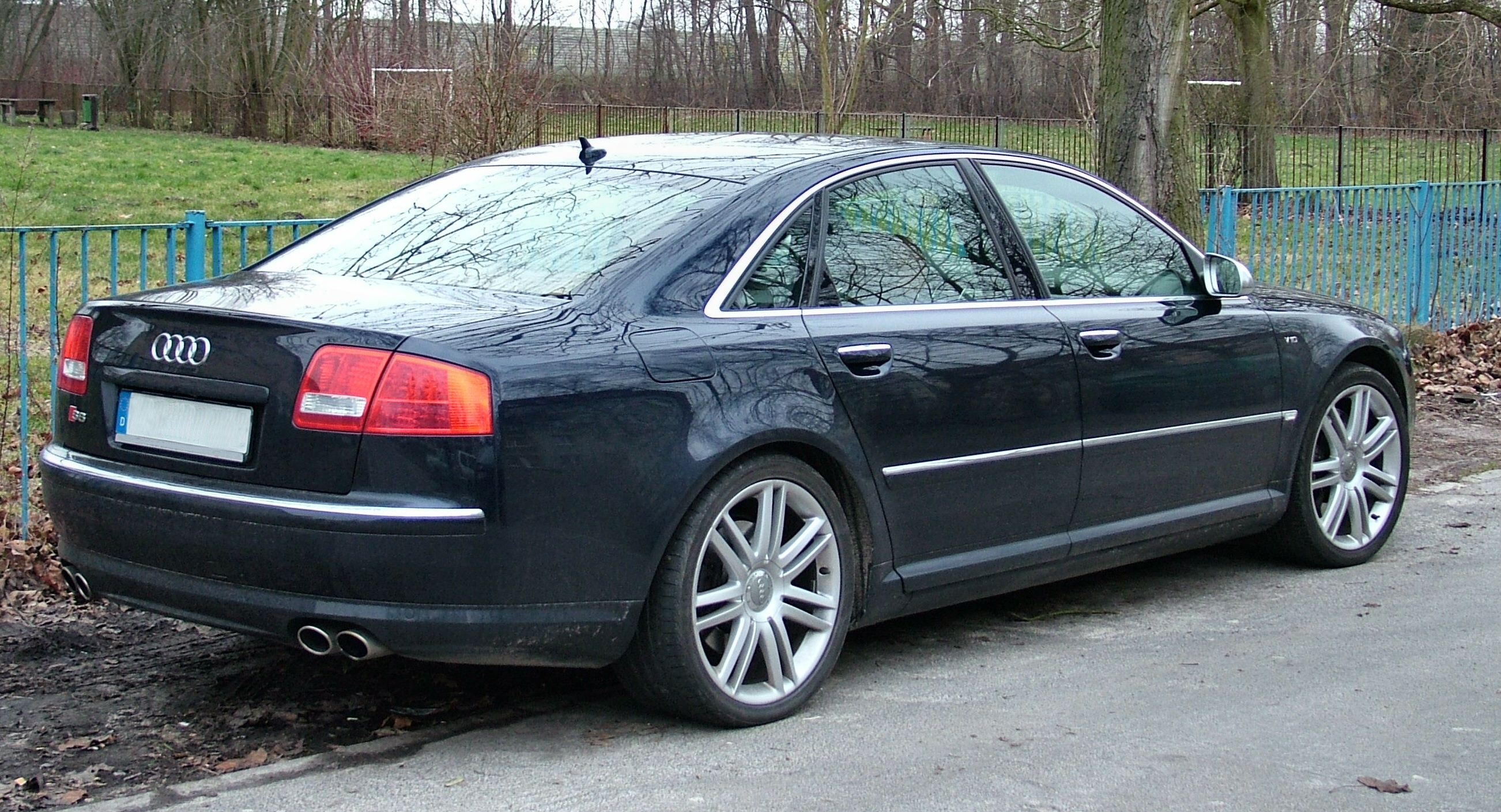 Pictures of audi s8 (d3) 2012