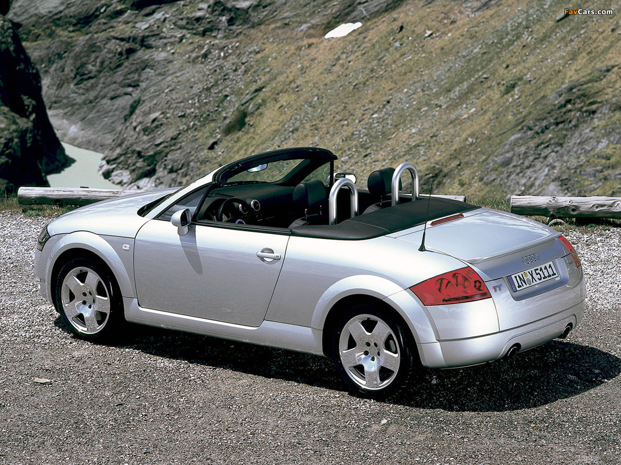 Pictures of audi tt (8n) 2003