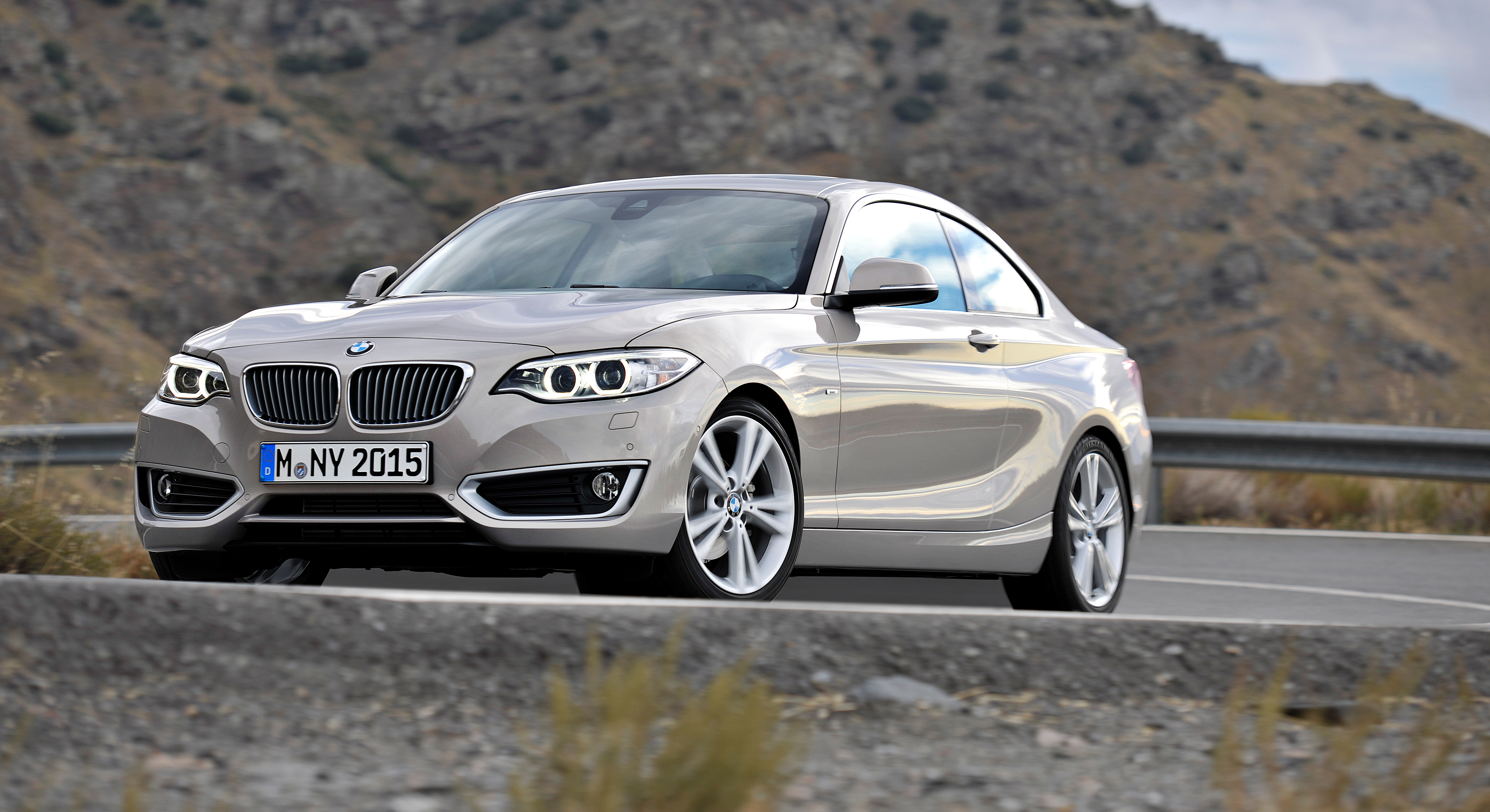 Pictures of bmw 2 series #5