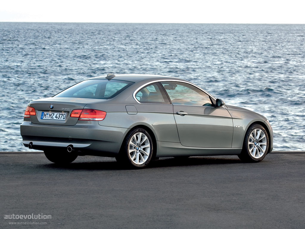 2011 bmw 3 series coupe e92 pictures information and specs auto. Black Bedroom Furniture Sets. Home Design Ideas