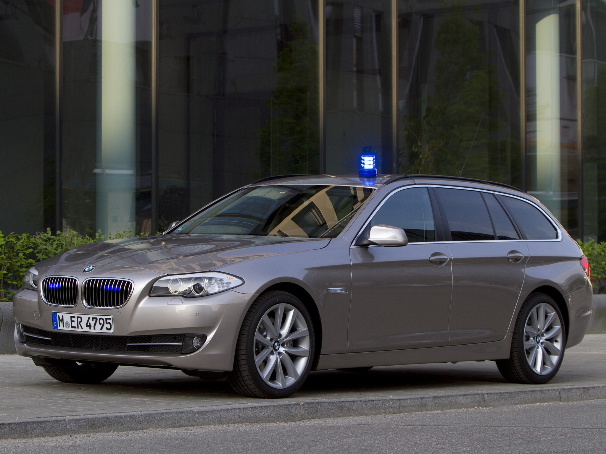2012 bmw 5er touring f11 pictures information and specs auto. Black Bedroom Furniture Sets. Home Design Ideas