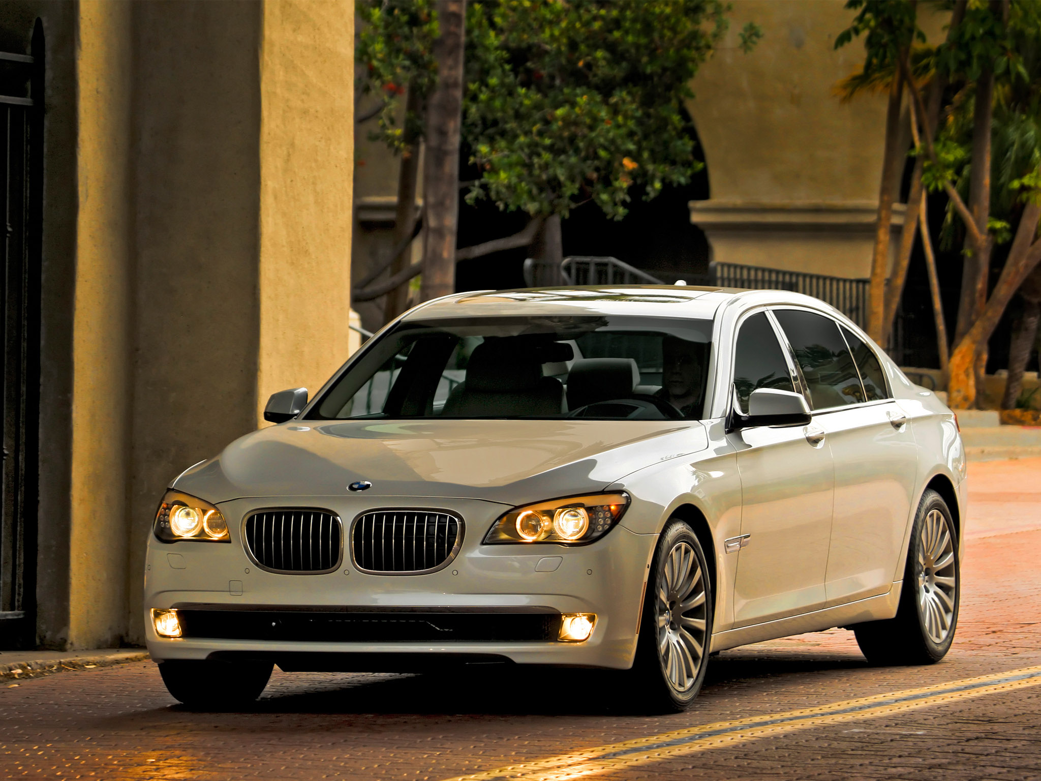 Pictures of bmw 7er (f01/f02) 2008