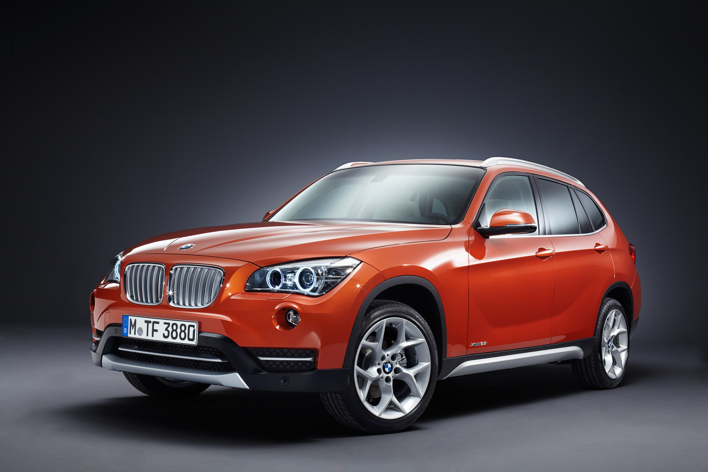 Pictures of bmw x1 2012