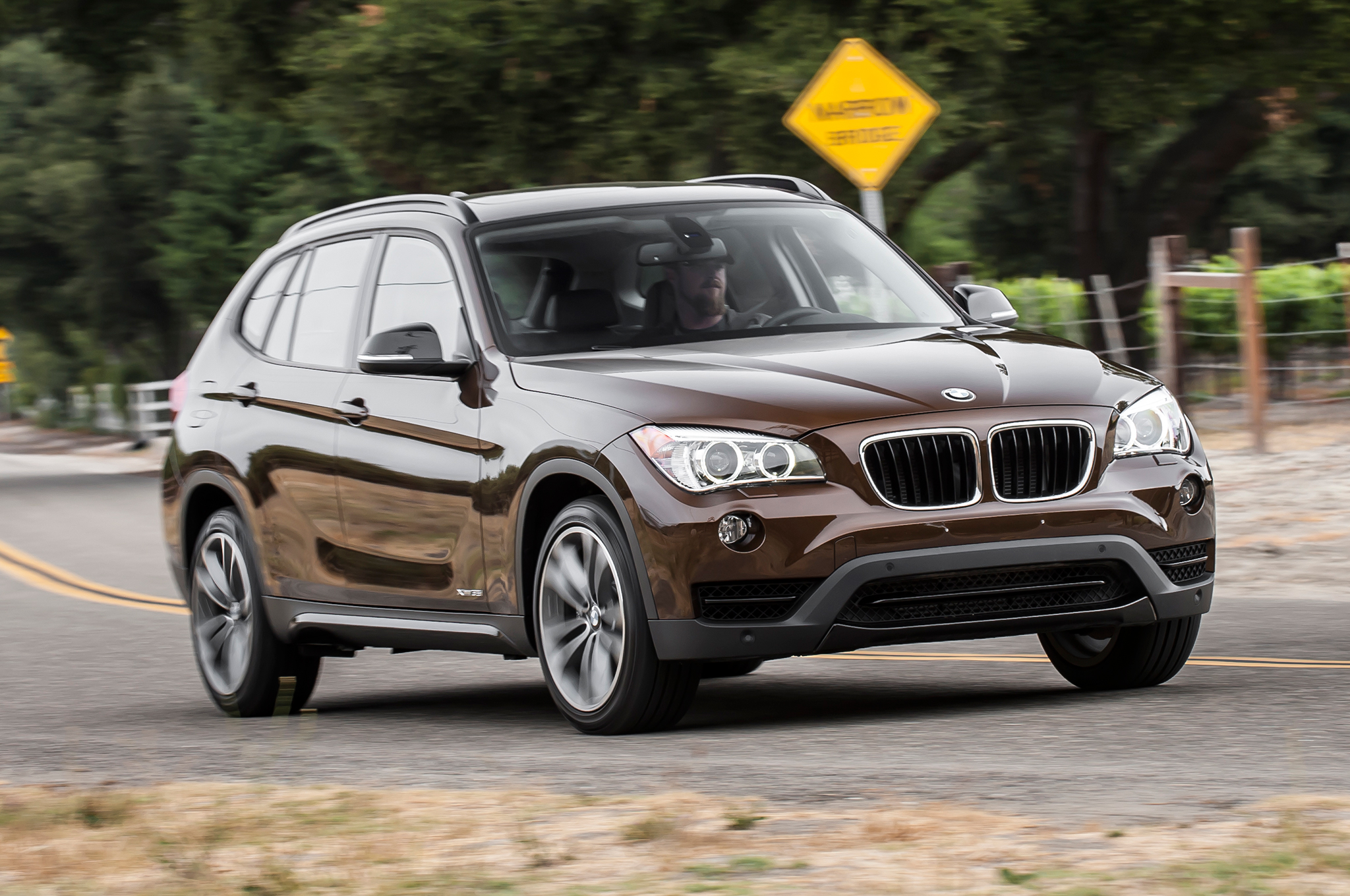 Pictures of bmw x1 2014