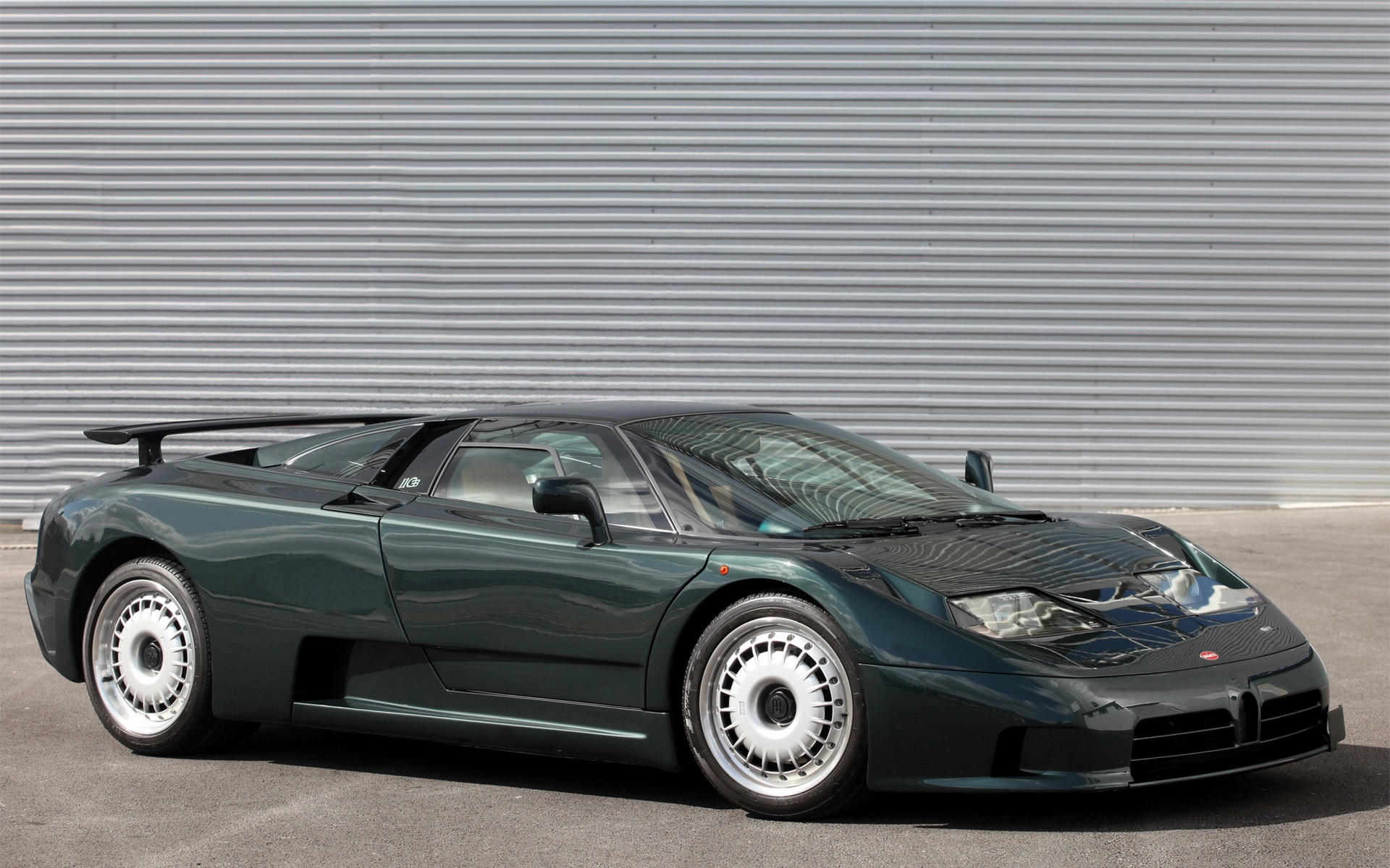 Pictures of bugatti eb 110
