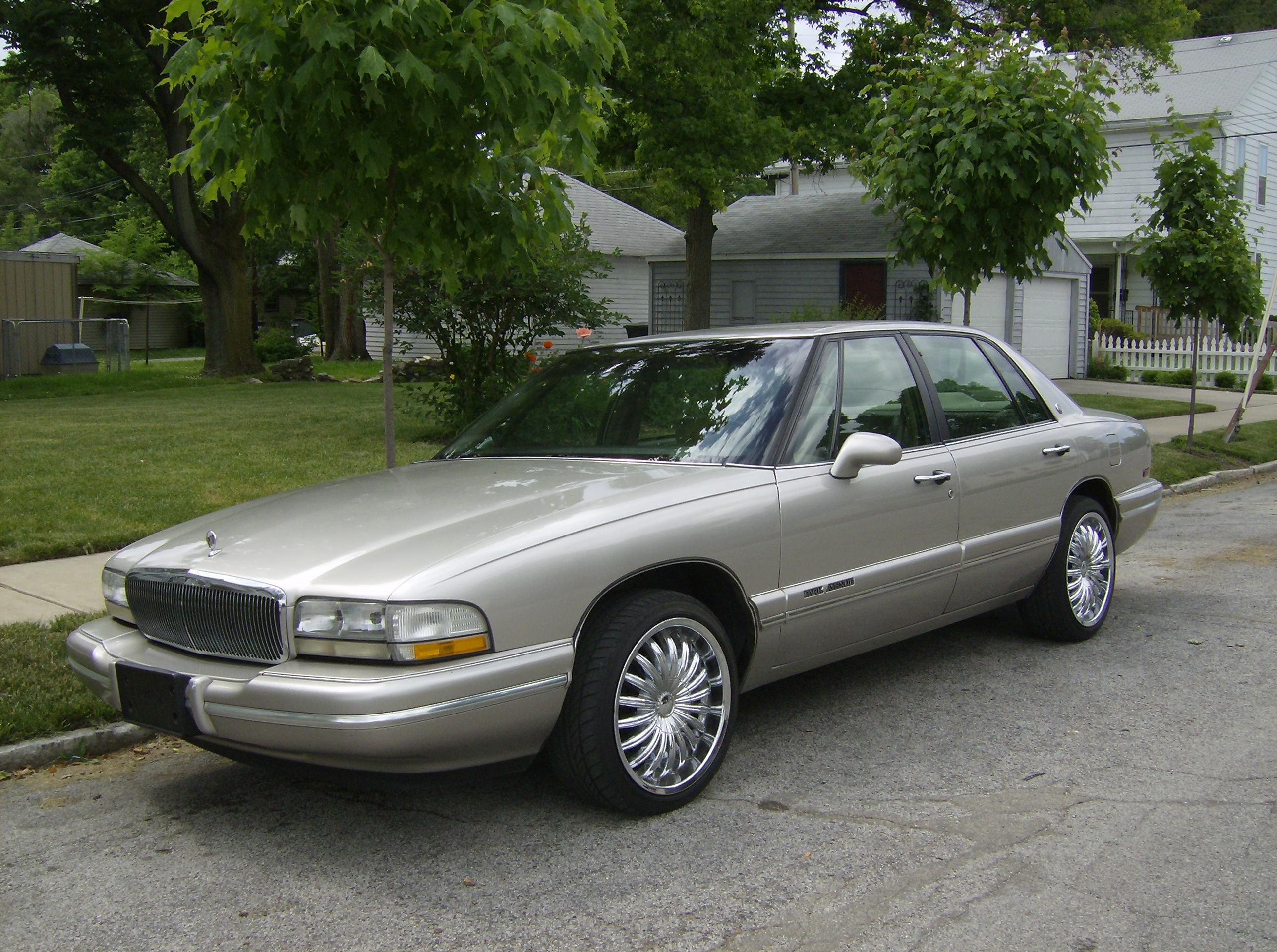 Pictures of buick park avenue
