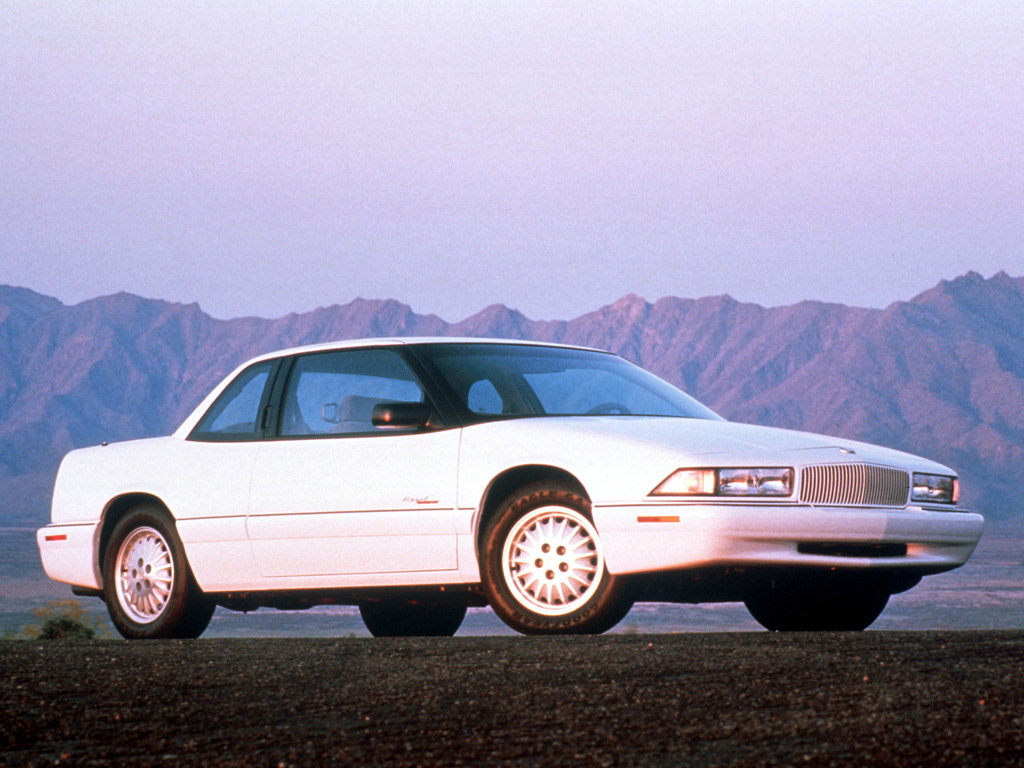 Pictures of buick regal 1993