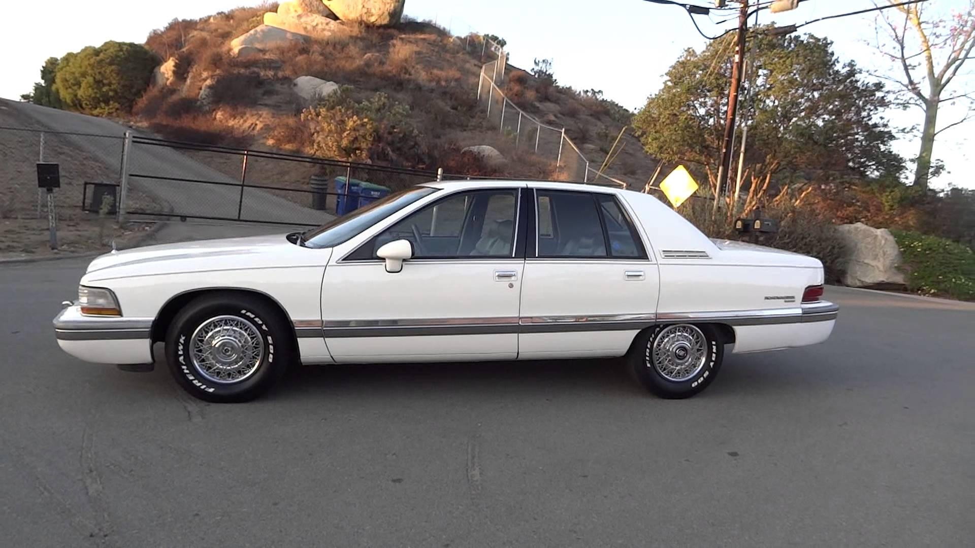 Pictures of buick roadmaster 1991