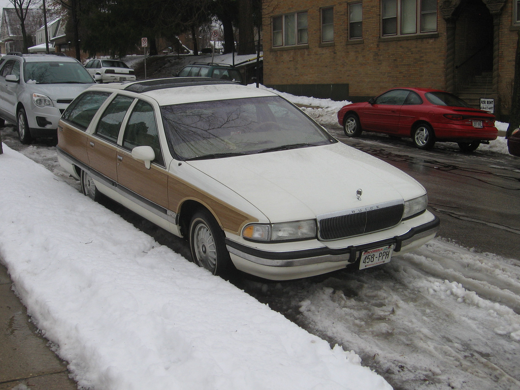 1992 buick roadmaster wagon pictures information and specs auto. Black Bedroom Furniture Sets. Home Design Ideas